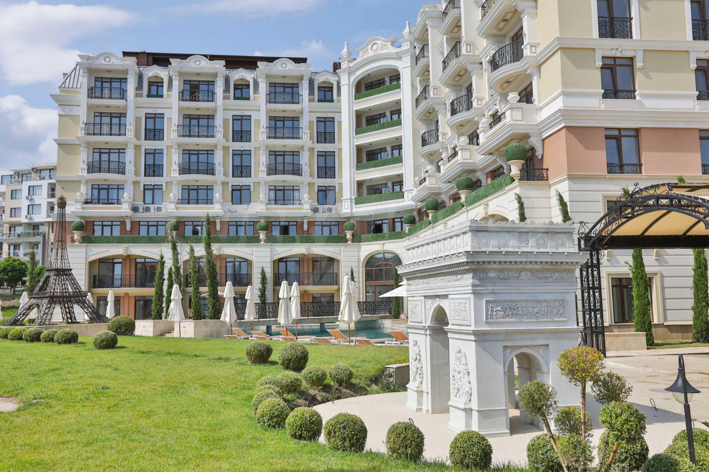 Erstklassige Apartments  zum TOP-Preis ab 890 €/m² im Komplex im Stil der französischen Renaissance (Akt 16) 2