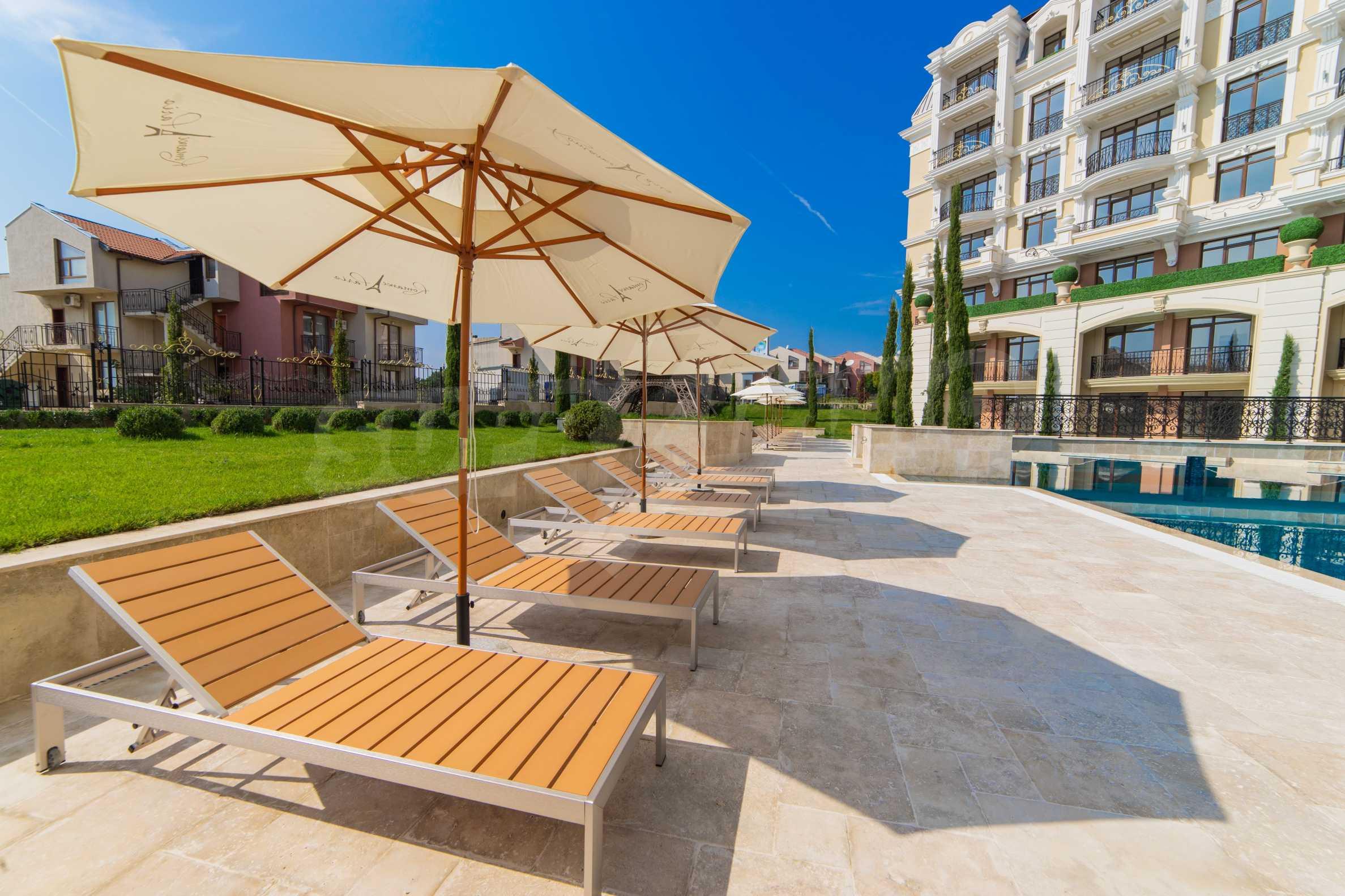 Erstklassige Apartments  zum TOP-Preis ab 890 €/m² im Komplex im Stil der französischen Renaissance (Akt 16) 4