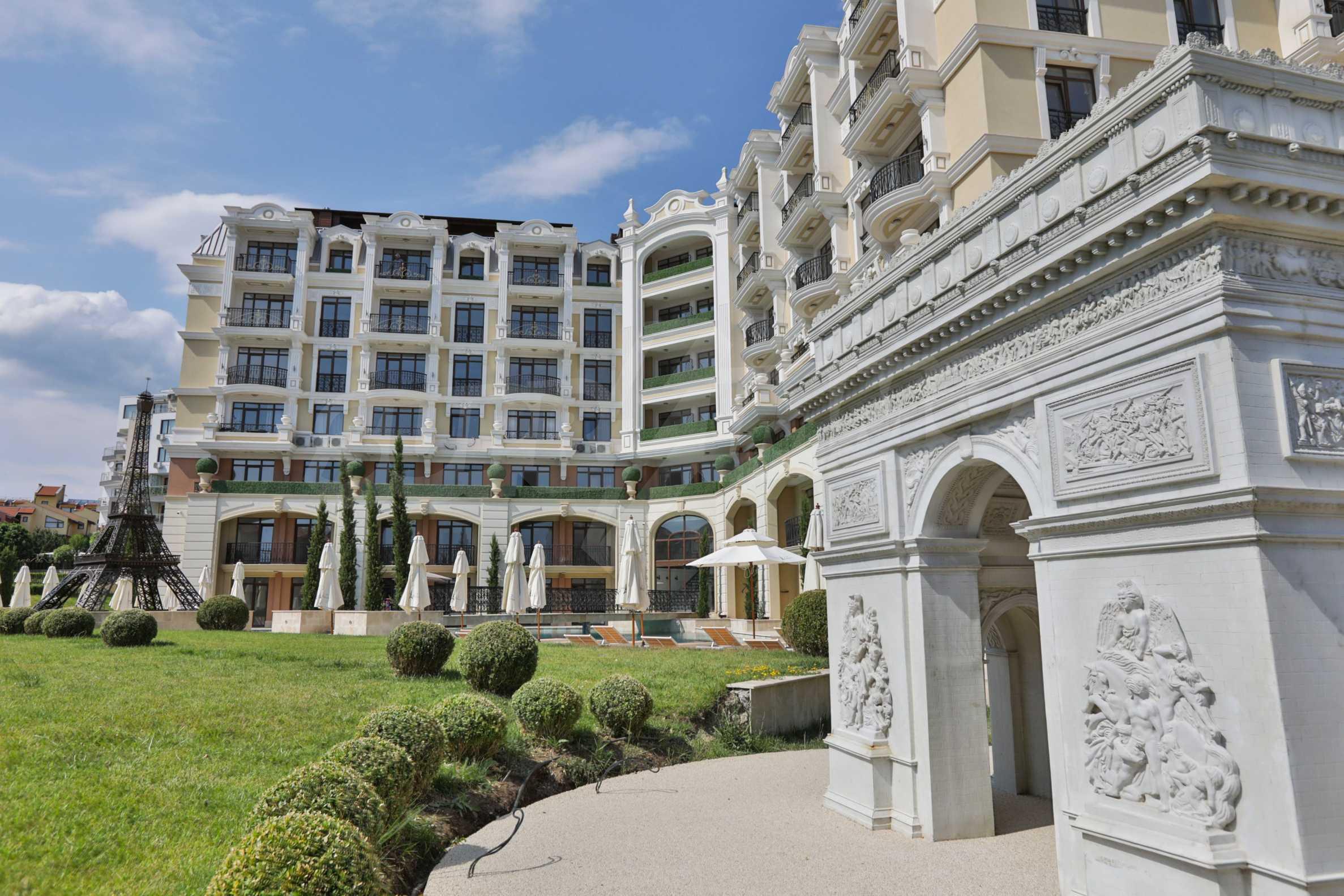Erstklassige Apartments  zum TOP-Preis ab 890 €/m² im Komplex im Stil der französischen Renaissance (Akt 16) 17