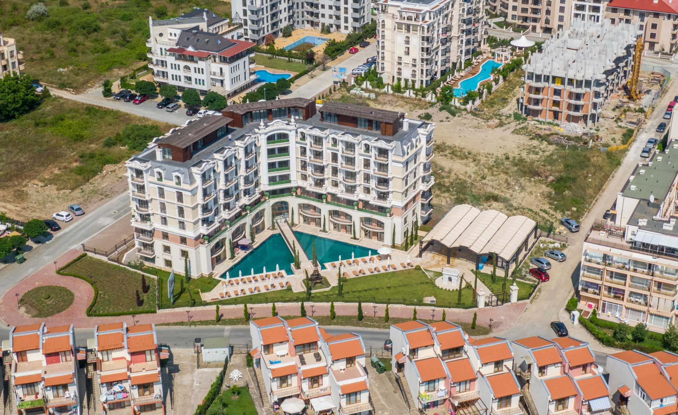 Erstklassige Apartments  zum TOP-Preis ab 890 €/m² im Komplex im Stil der französischen Renaissance (Akt 16) 14