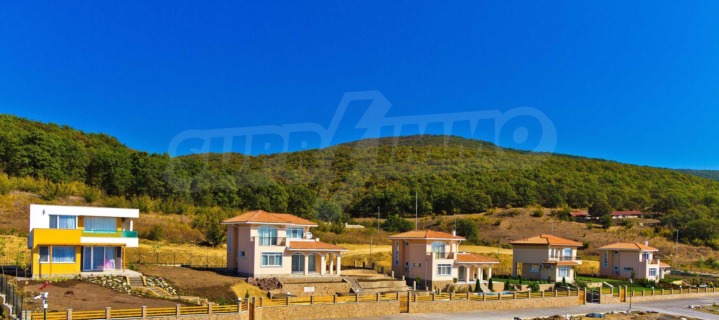 Erschlossene Grundstücke in der luxuriösen Villa-Siedlung SUNSET VILLAS 10
