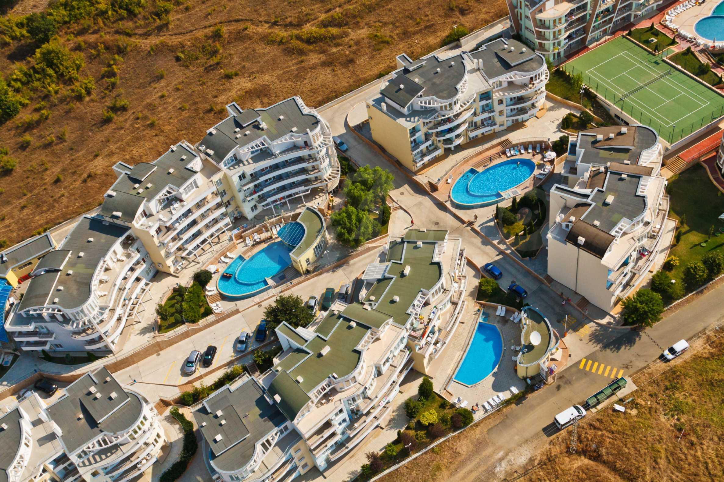 Erschlossene Grundstücke in der luxuriösen Villa-Siedlung SUNSET VILLAS 15