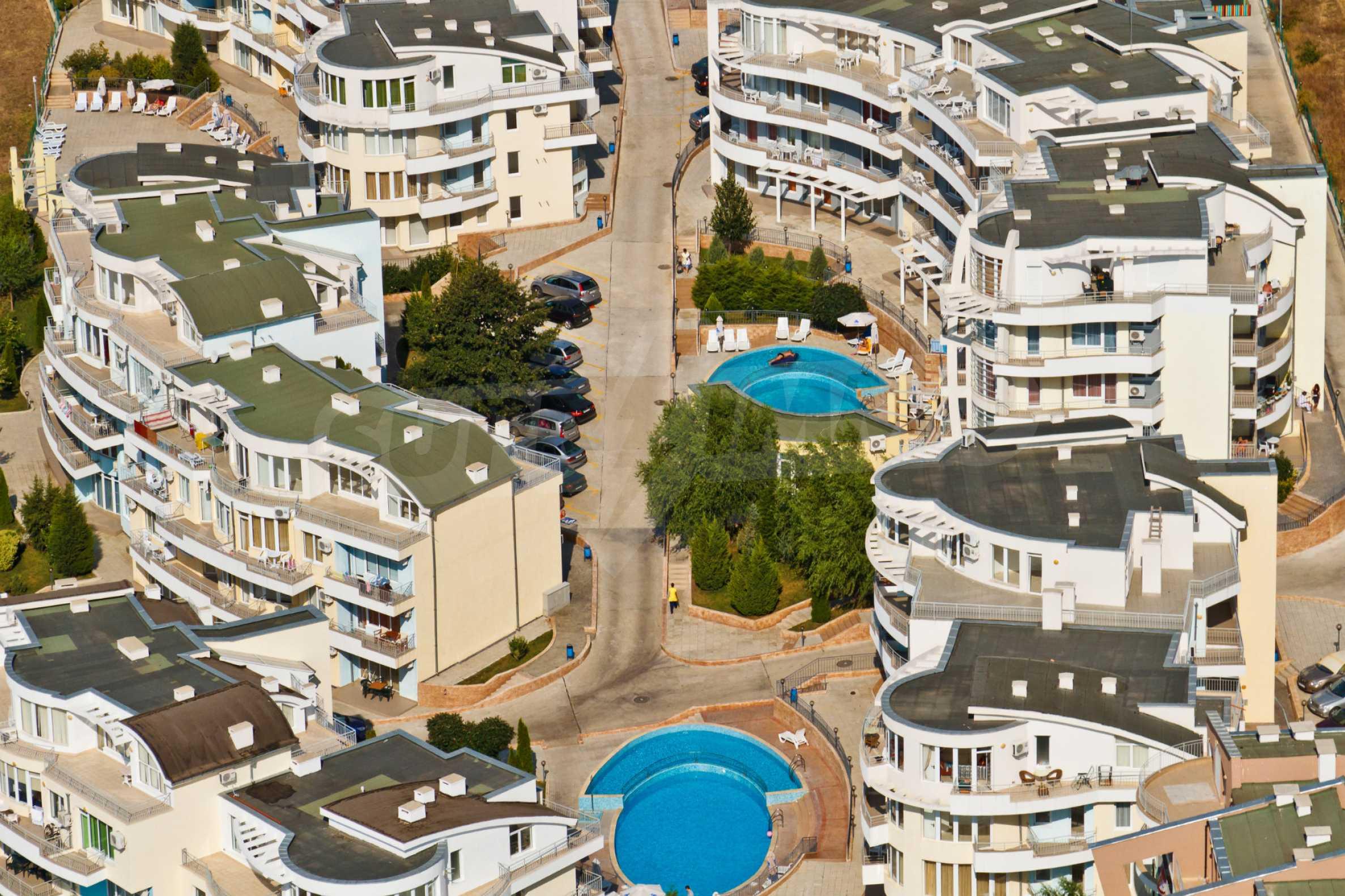 Erschlossene Grundstücke in der luxuriösen Villa-Siedlung SUNSET VILLAS 17