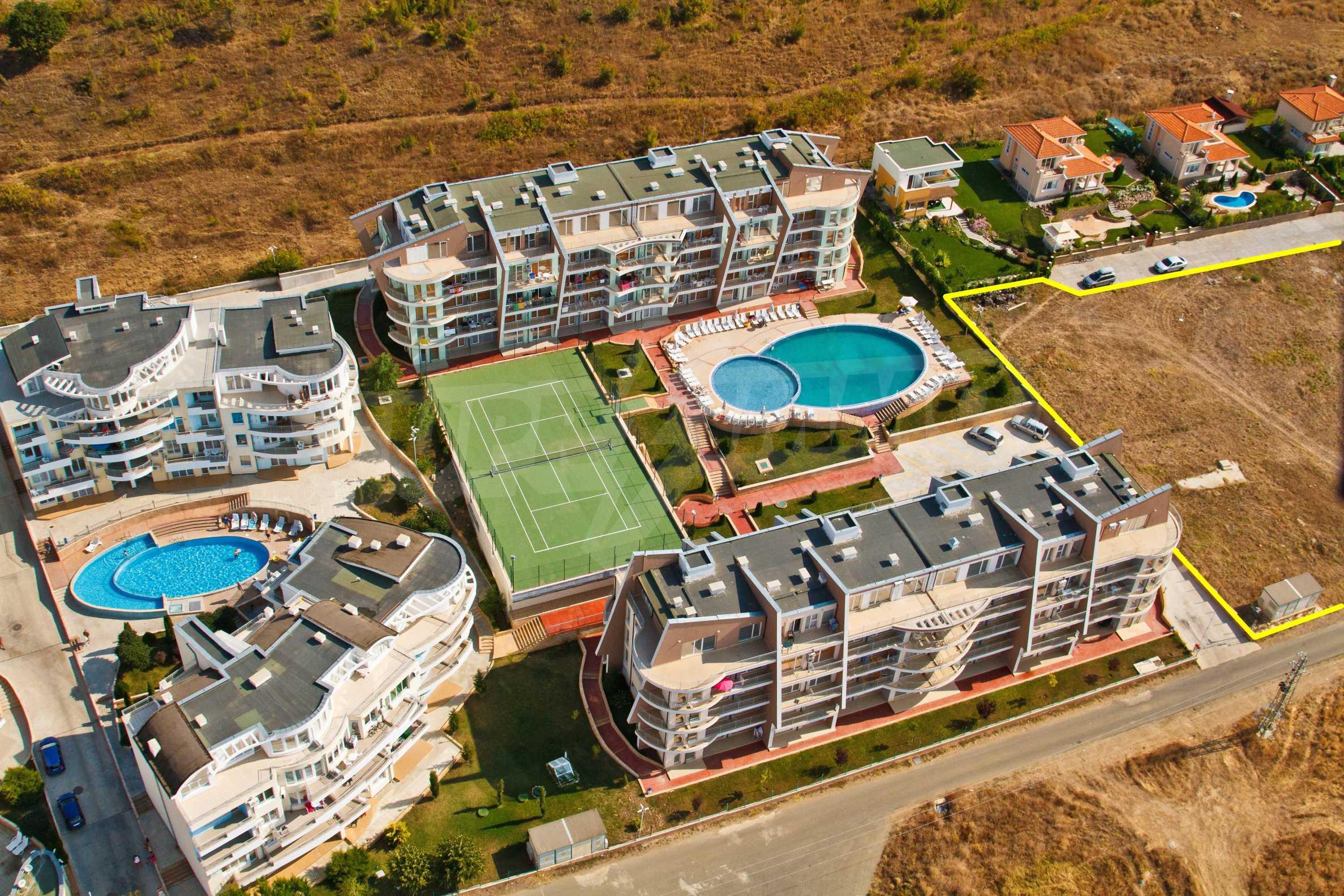 Erschlossene Grundstücke in der luxuriösen Villa-Siedlung SUNSET VILLAS 2