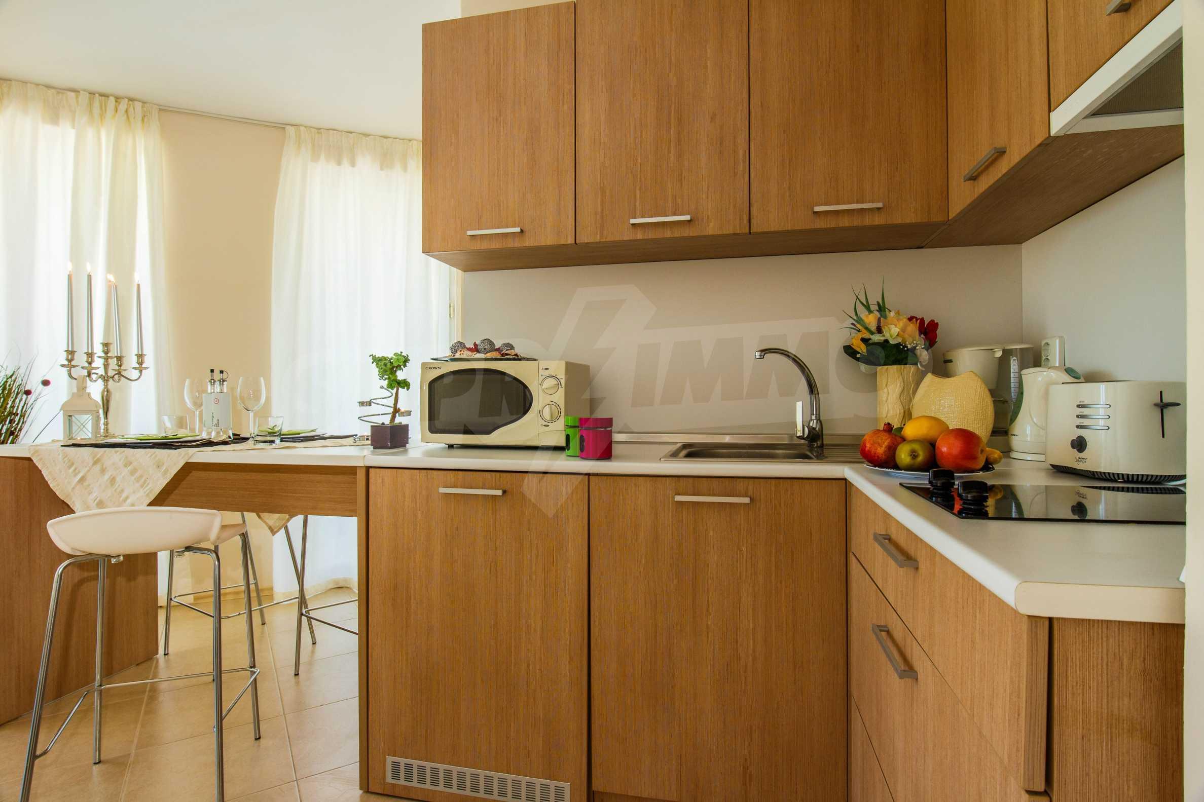 Тристаен апартамент в комплекс Емберли близо до плажа в Лозенец (ап. №423) 12