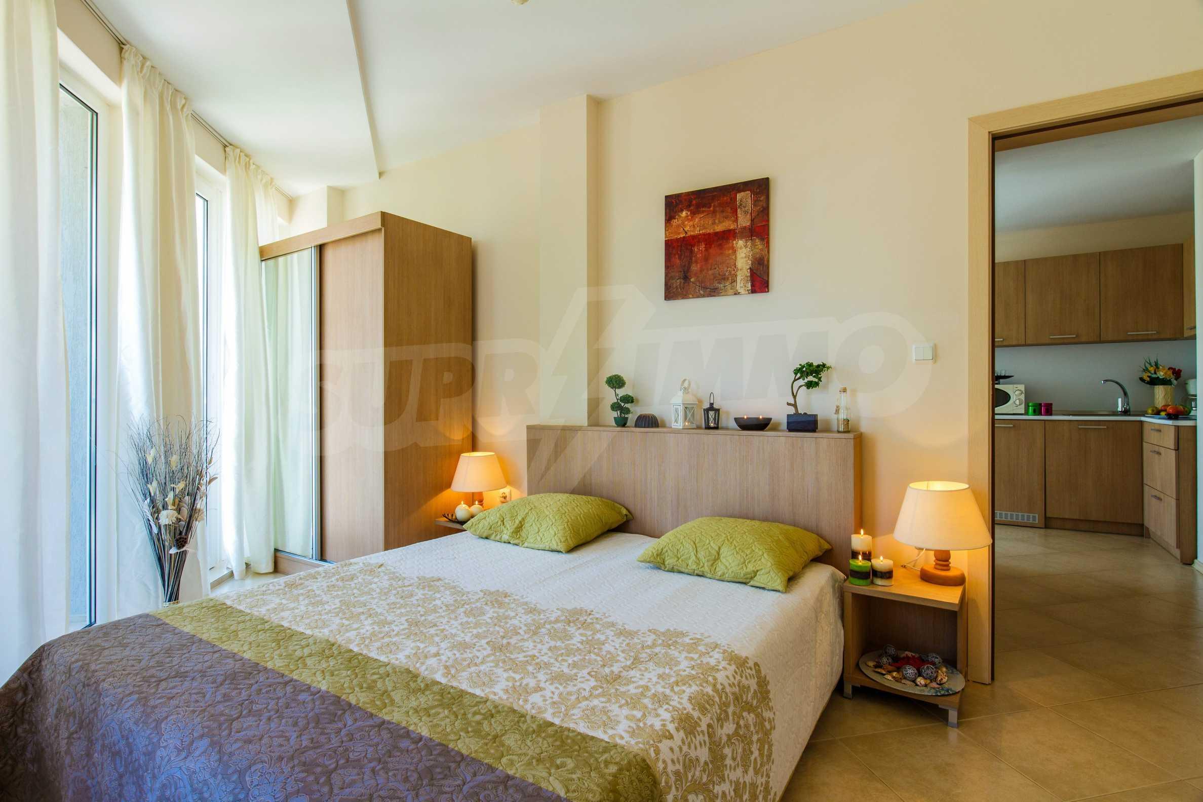 Тристаен апартамент в комплекс Емберли близо до плажа в Лозенец (ап. №423) 16