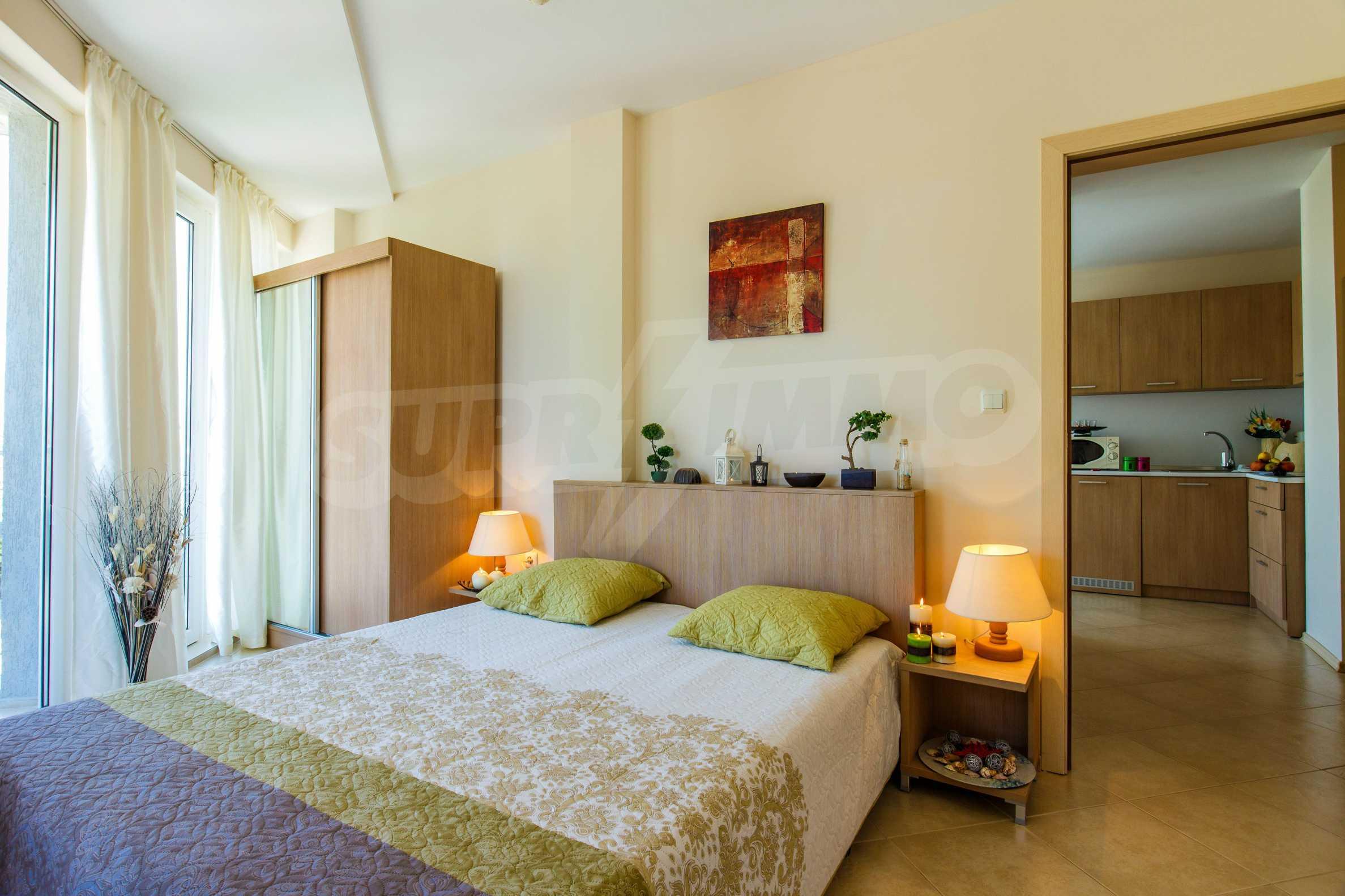 Тристаен апартамент в комплекс Емберли близо до плажа в Лозенец (ап. №423) 17