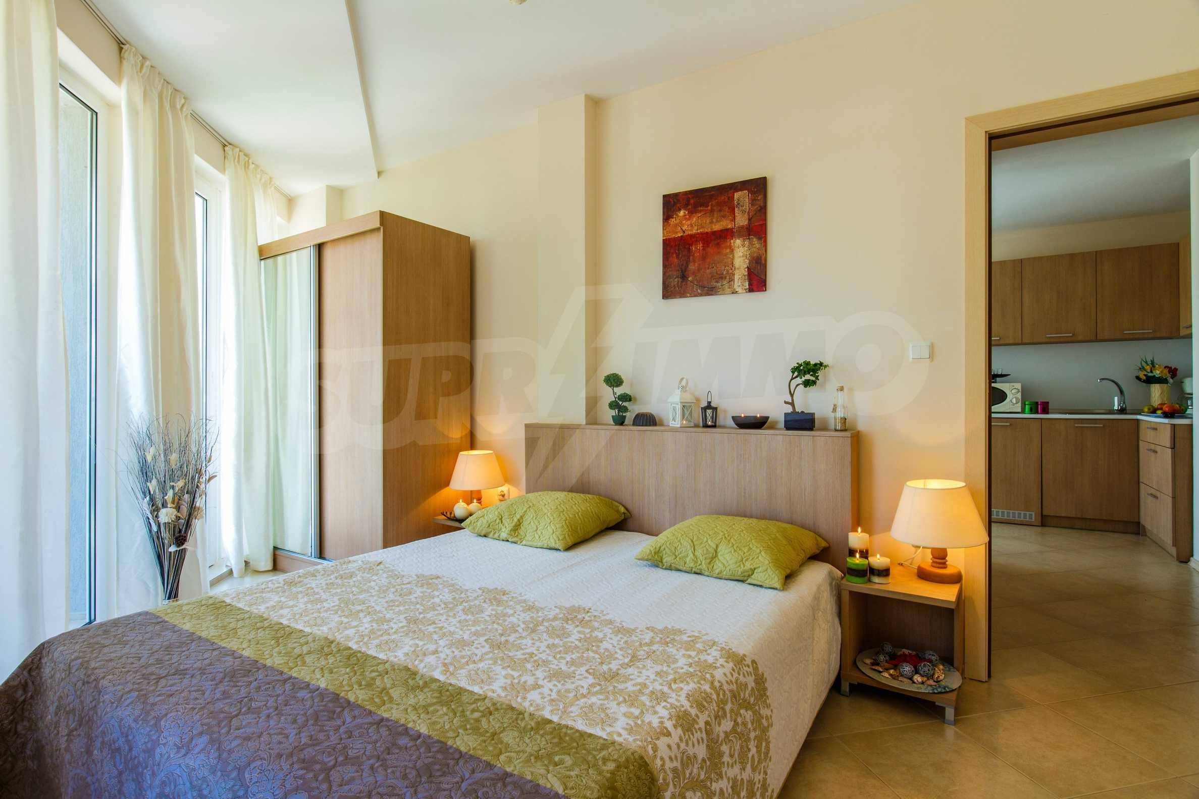 Тристаен апартамент в комплекс Емберли близо до плажа в Лозенец (ап. №423) 19