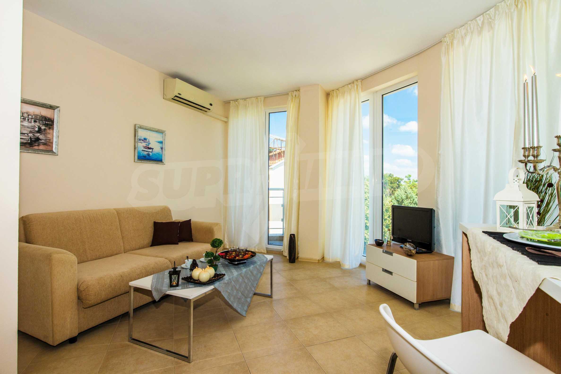 Тристаен апартамент в комплекс Емберли близо до плажа в Лозенец (ап. №423) 6