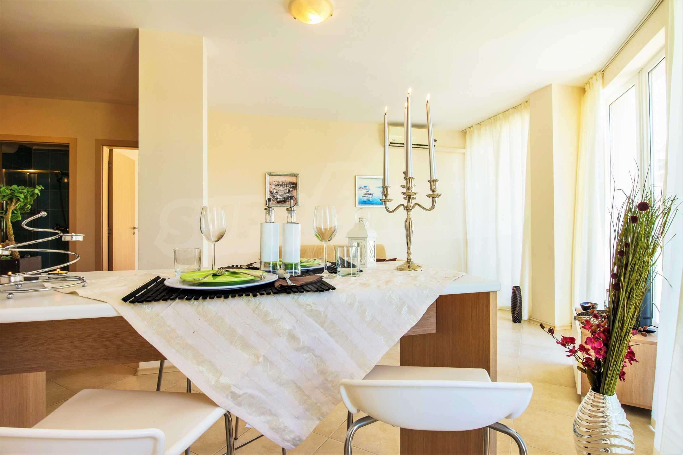 Тристаен апартамент в комплекс Емберли близо до плажа в Лозенец (ап. №423) 8