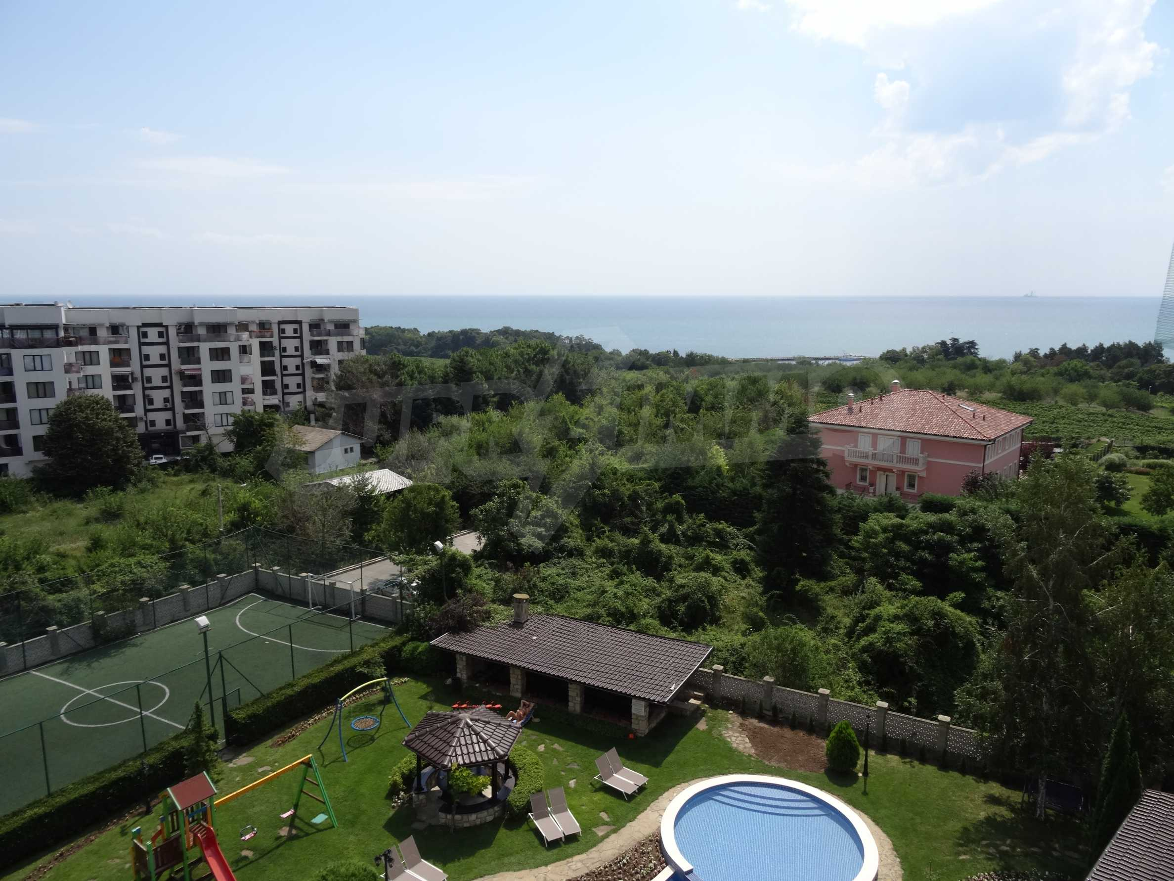 """Excellent penthouse in the resort """"St. St. Constantine and Elena"""""""