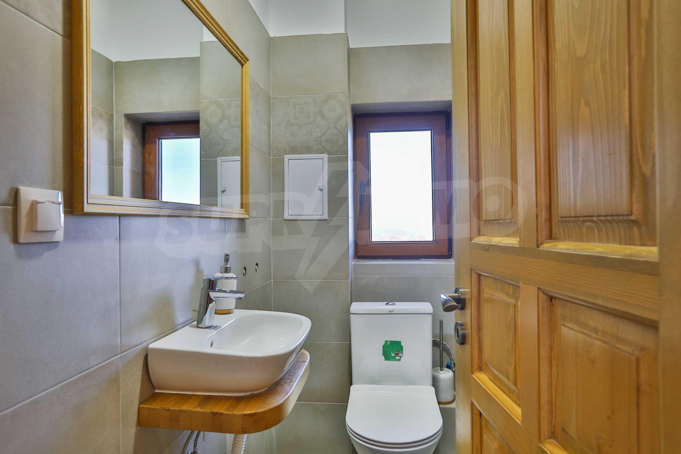 Луксозен комплекс в подножието на Пирин, до Pirin Golf and Country Club 31