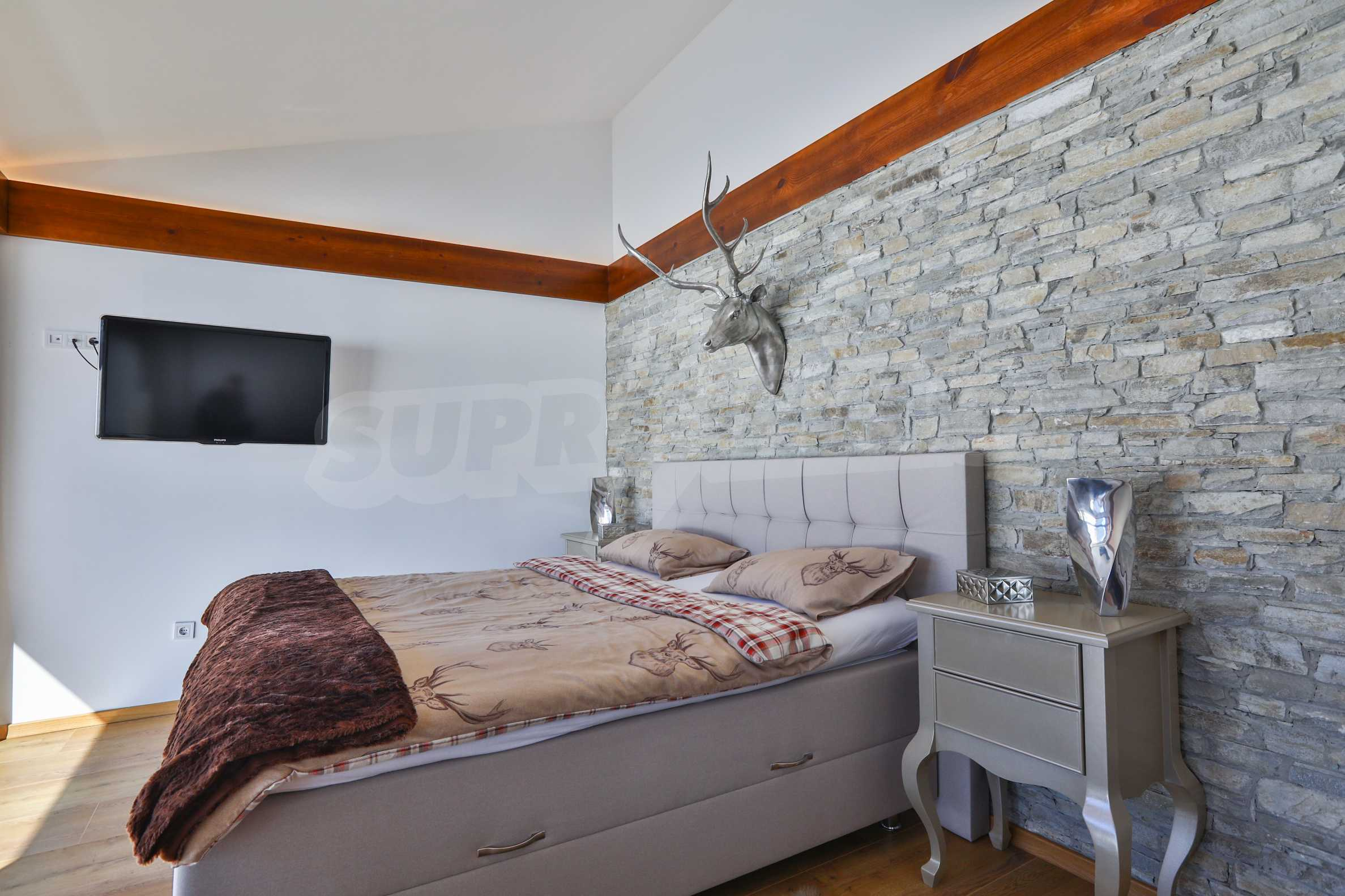 Луксозен комплекс в подножието на Пирин, до Pirin Golf and Country Club 7