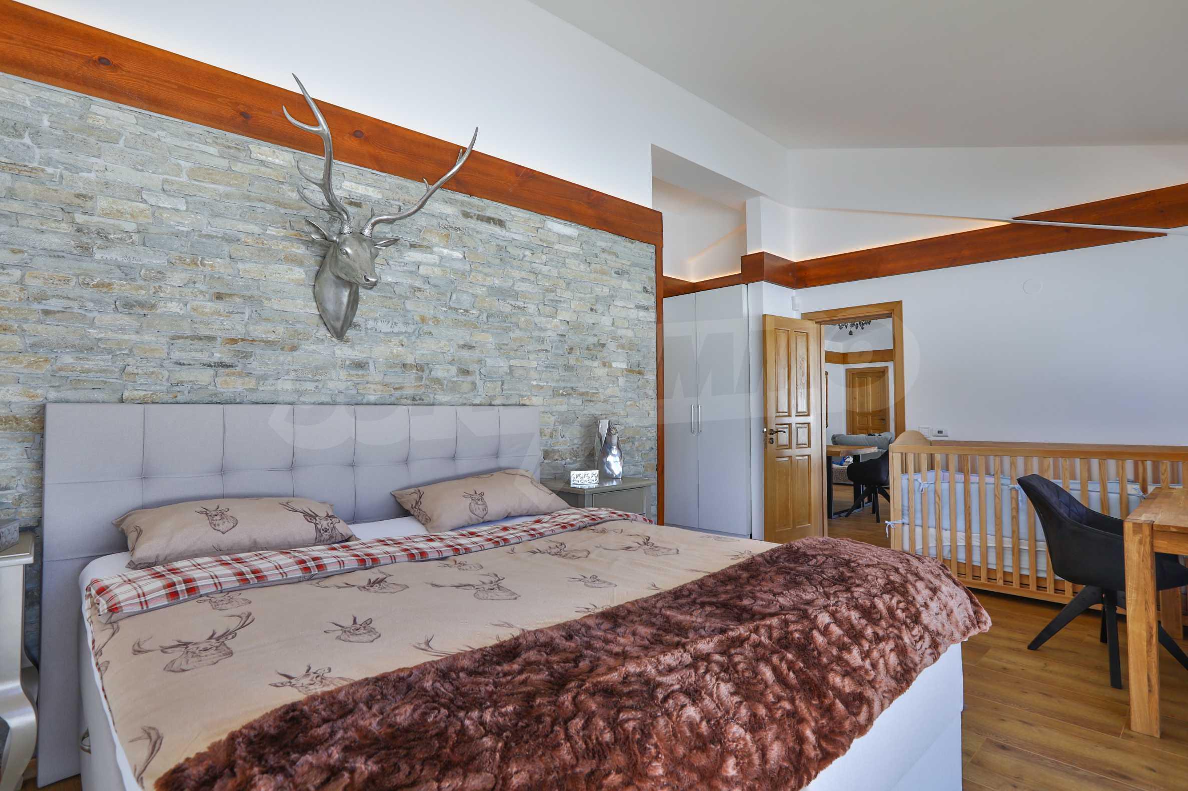 Луксозен комплекс в подножието на Пирин, до Pirin Golf and Country Club 8