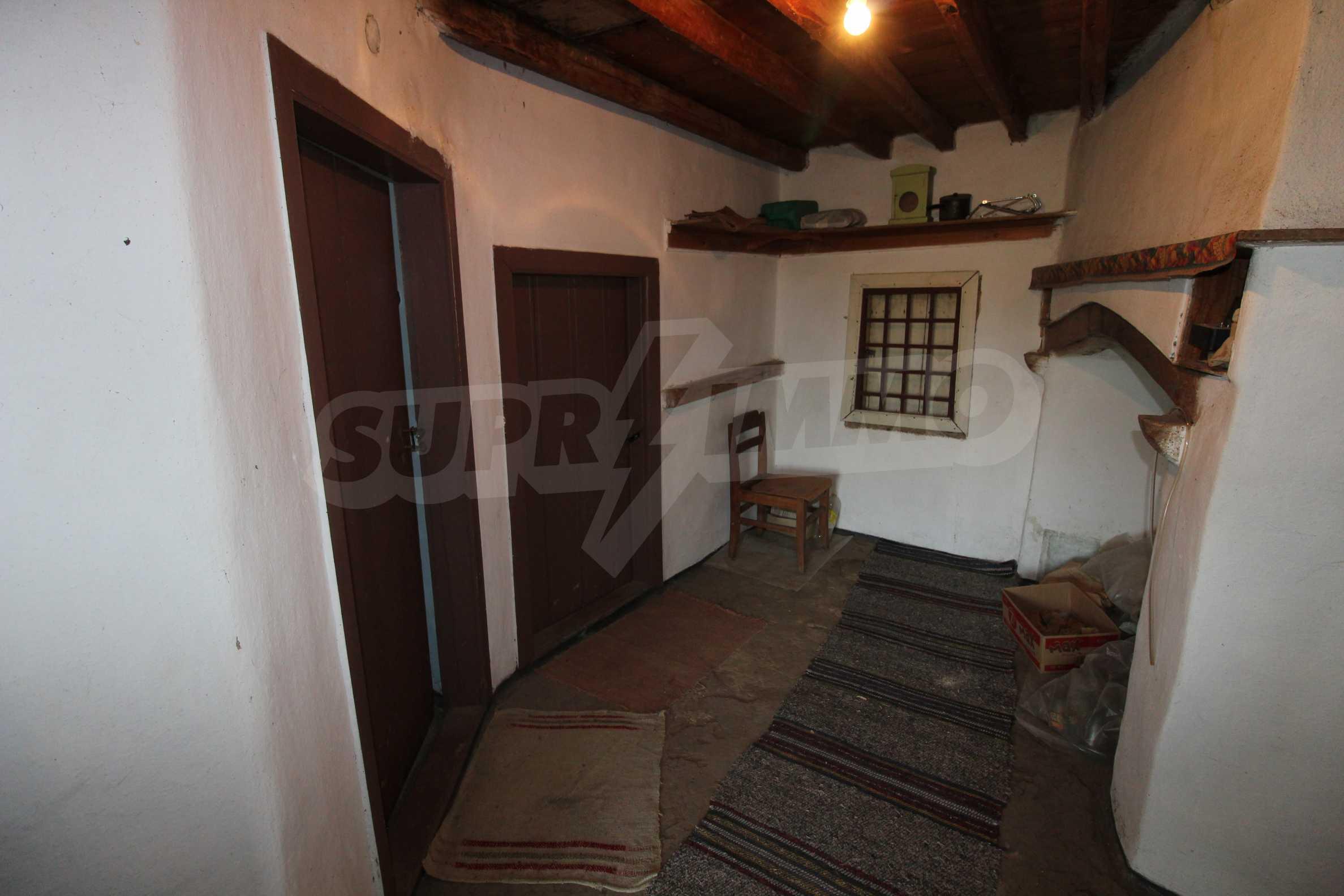 Zweistöckiges Haus mit Hof, 3 km von Weliko Tarnowo entfernt 14
