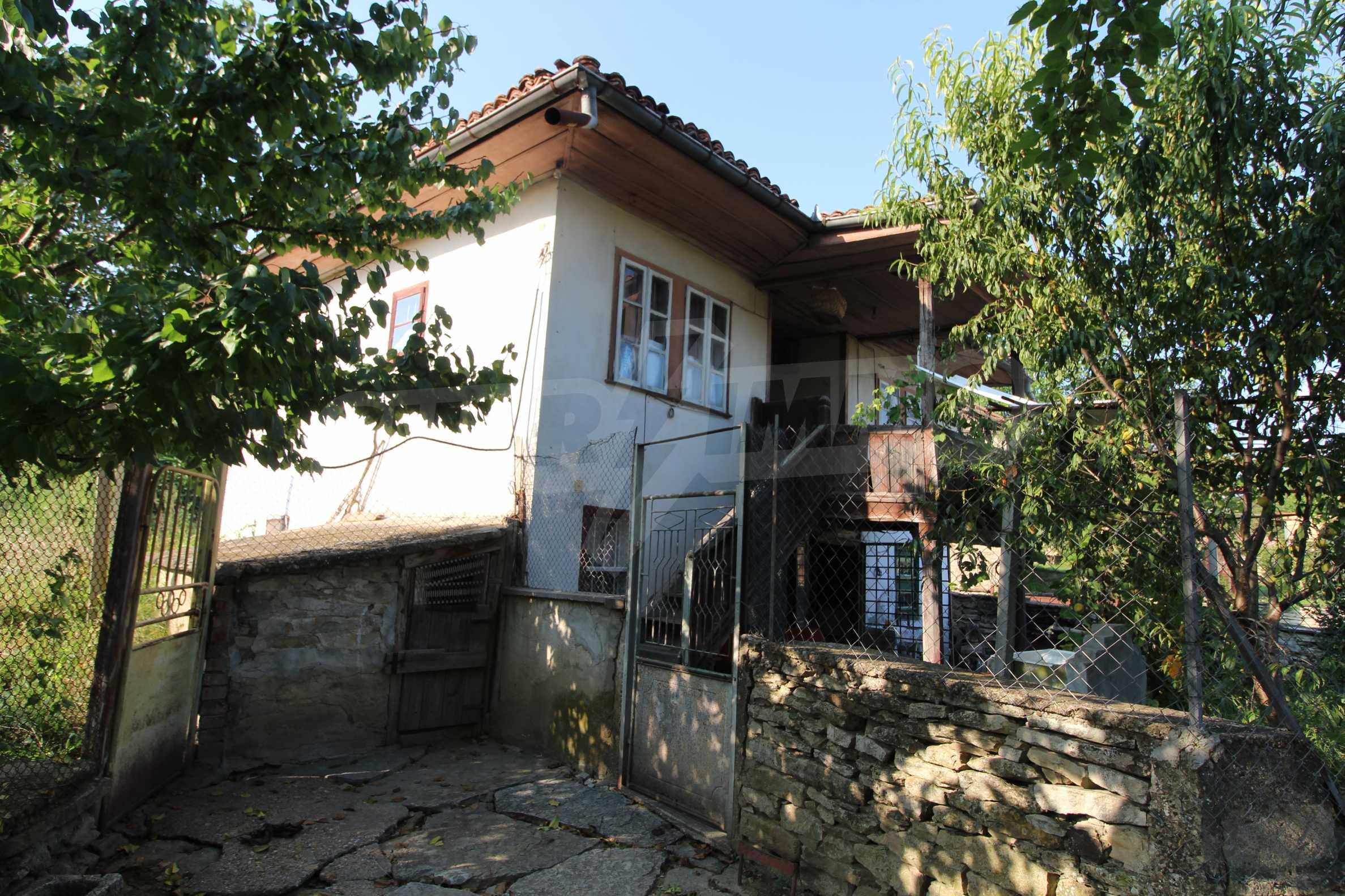 Zweistöckiges Haus mit Hof, 3 km von Weliko Tarnowo entfernt 31