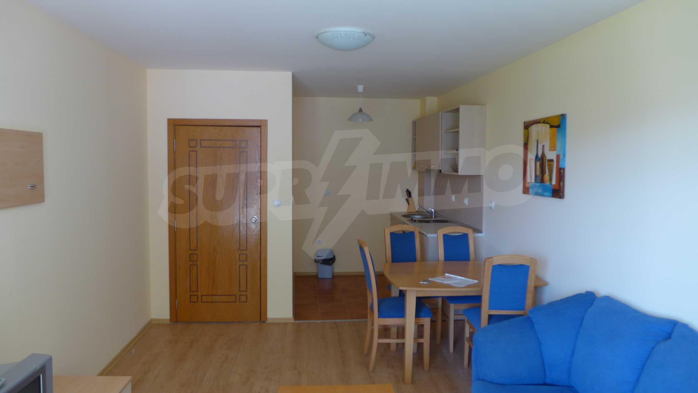 2-Raum-Apartment zu einem sehr günstigen Preis im Zentrum vom Sonnenstrand 2