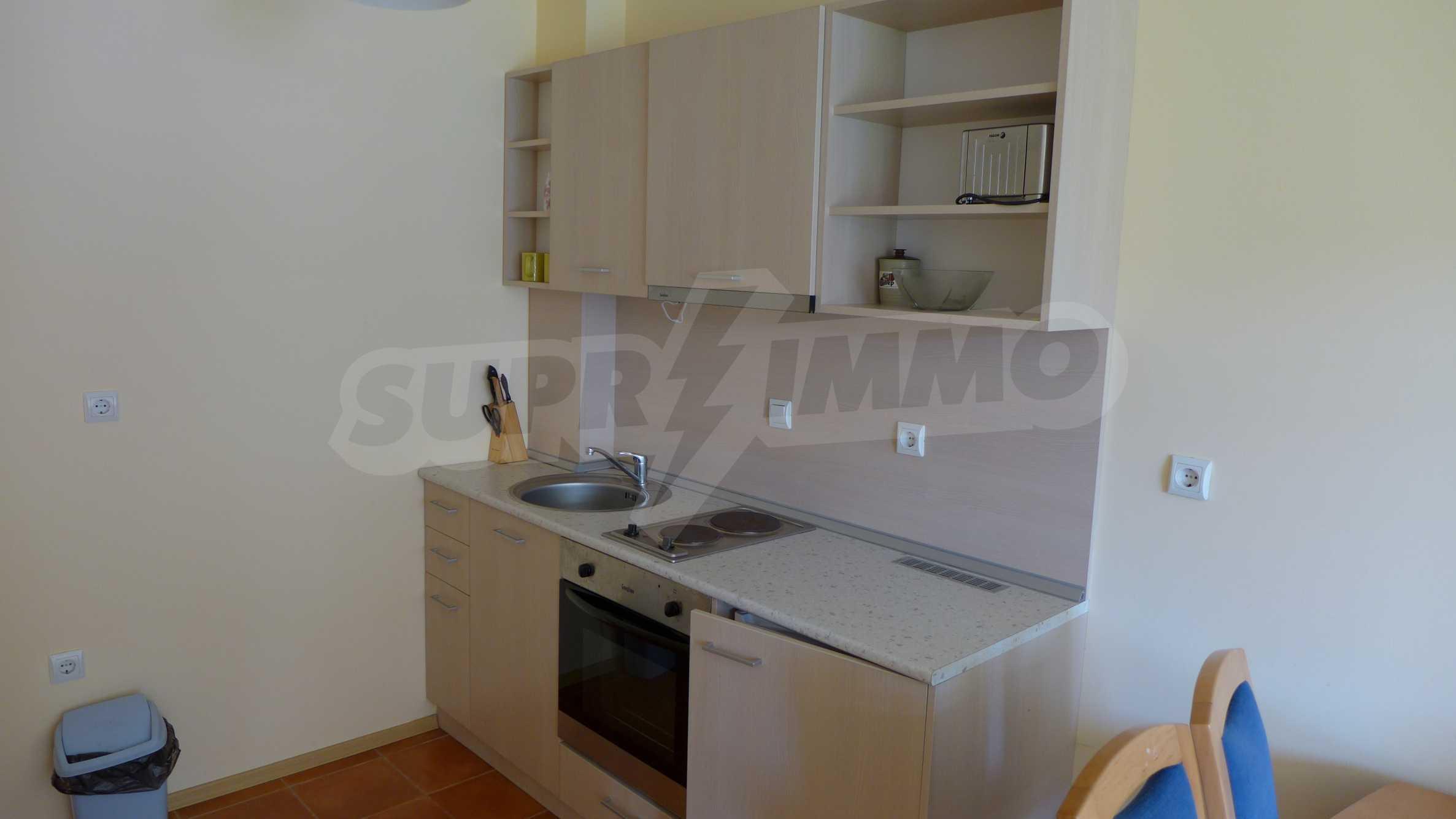 2-Raum-Apartment zu einem sehr günstigen Preis im Zentrum vom Sonnenstrand 3