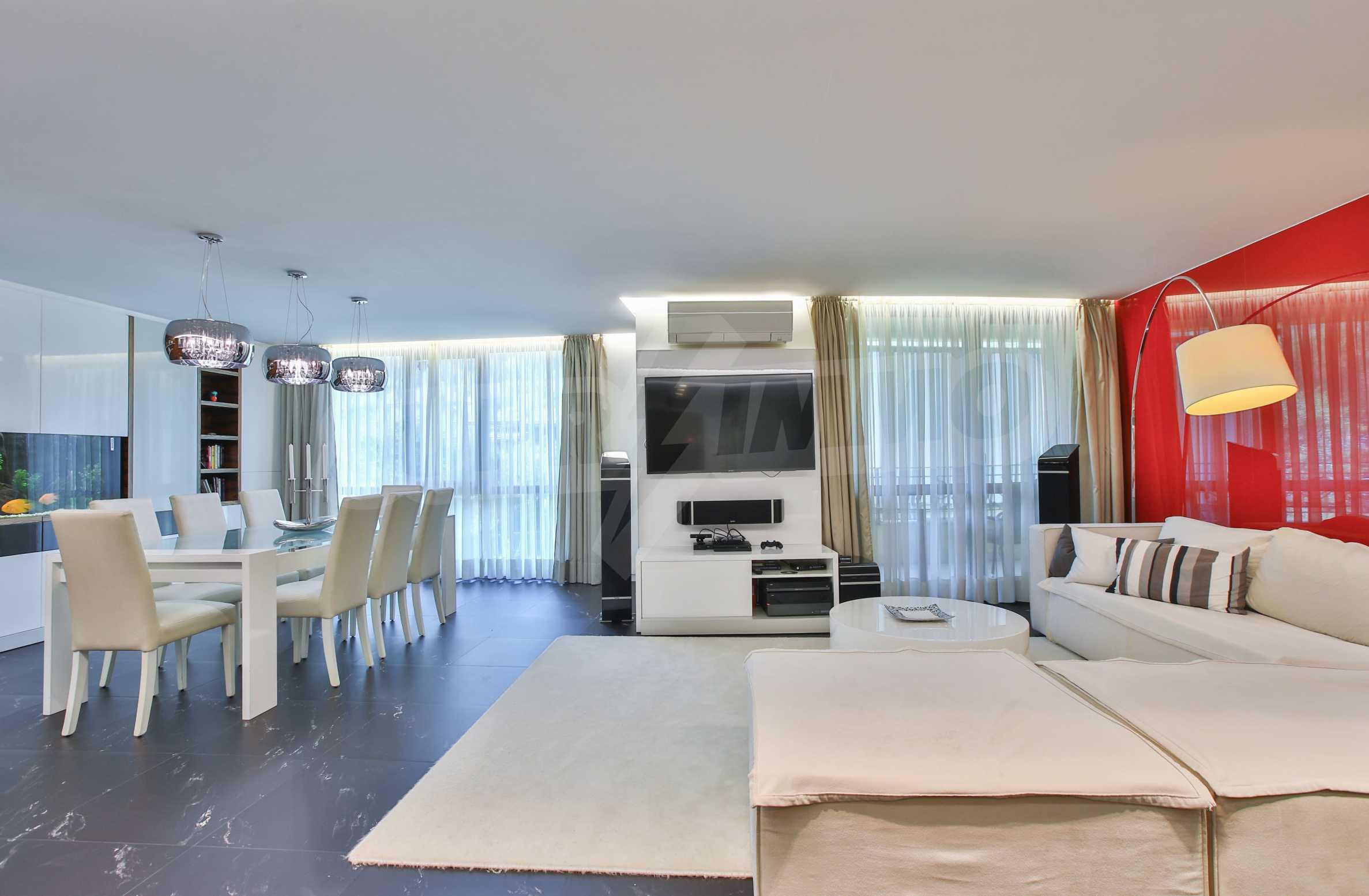 Просторен двустаен апартамент за продажба в кв Драгалевци.