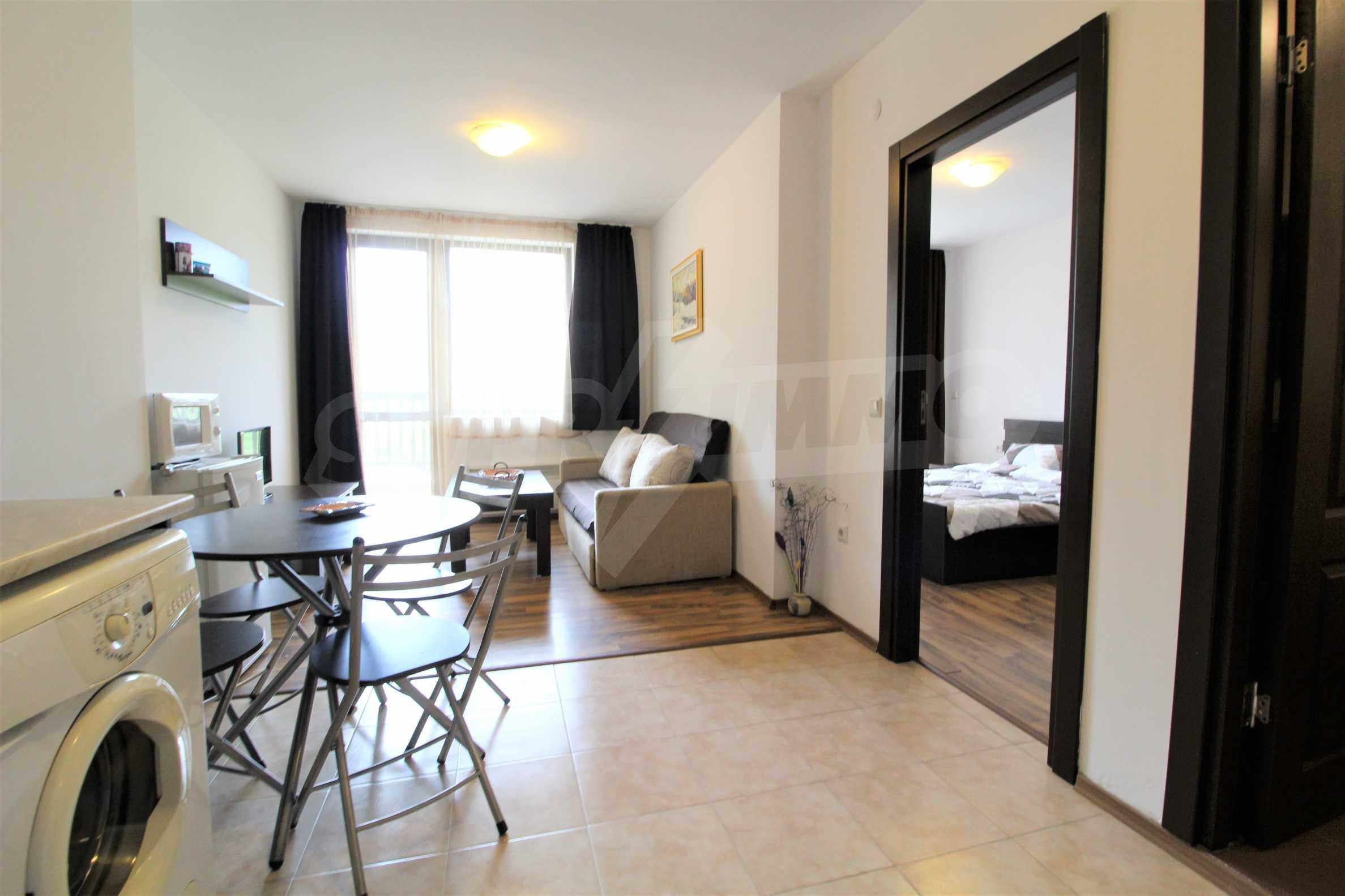 Обзаведен двустаен апартамент, разположен в СПА комплекс Мария Антоанета, само на метри от ски лифта в Банско 11