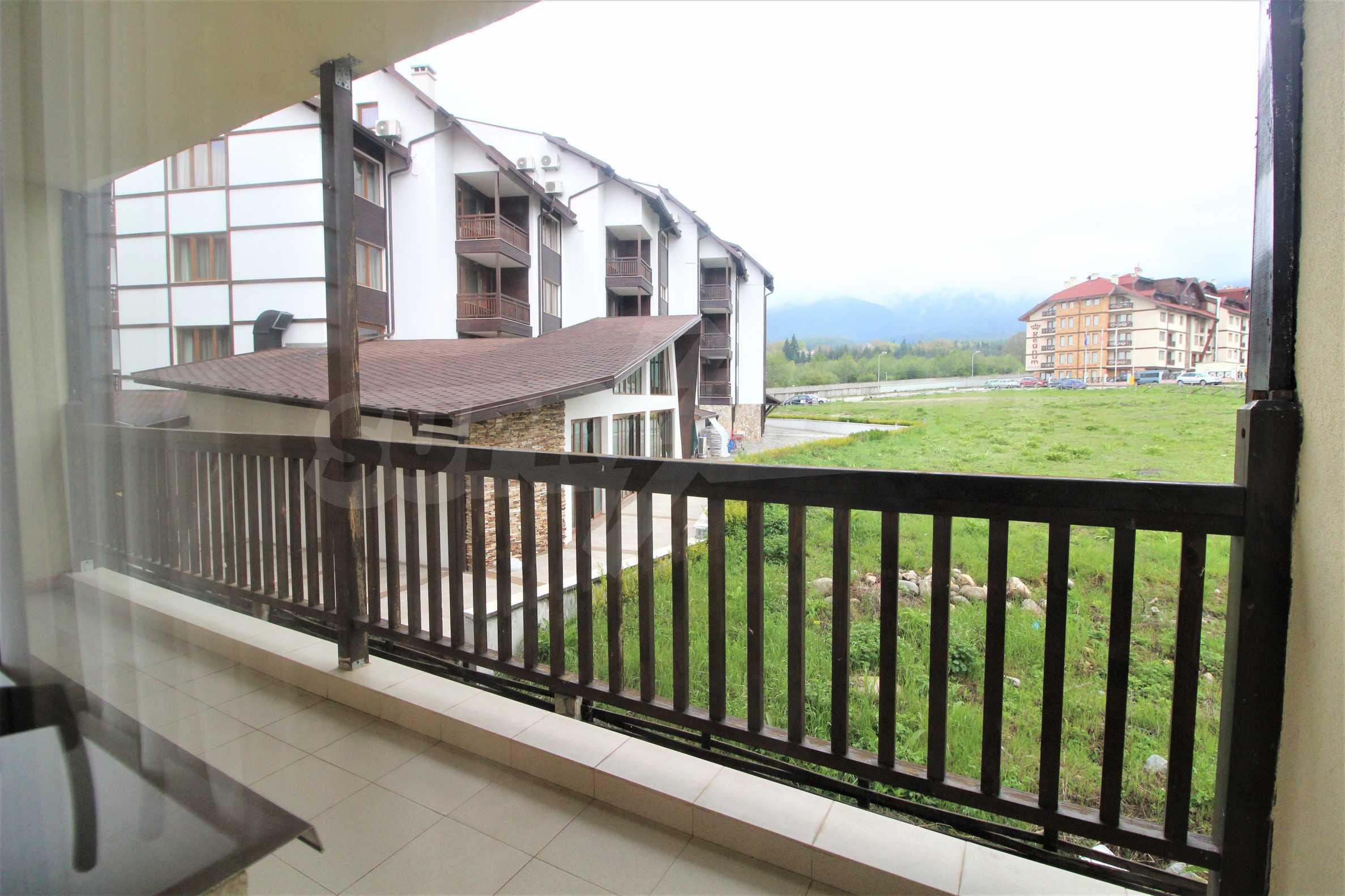 Обзаведен двустаен апартамент, разположен в СПА комплекс Мария Антоанета, само на метри от ски лифта в Банско 15
