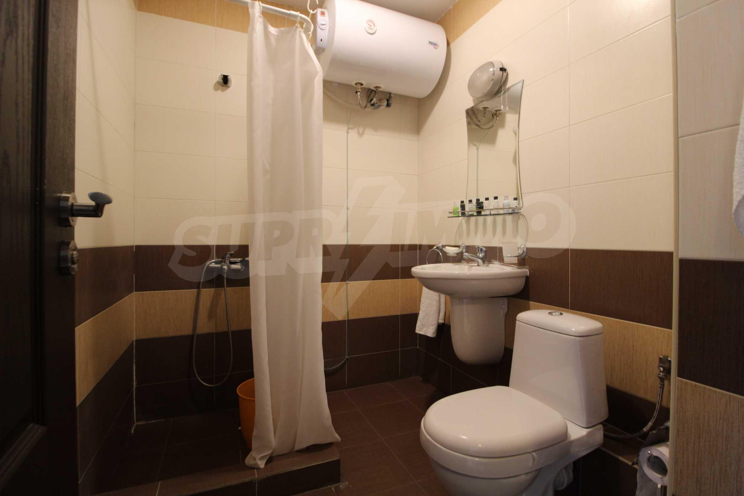 Обзаведен двустаен апартамент, разположен в СПА комплекс Мария Антоанета, само на метри от ски лифта в Банско 17