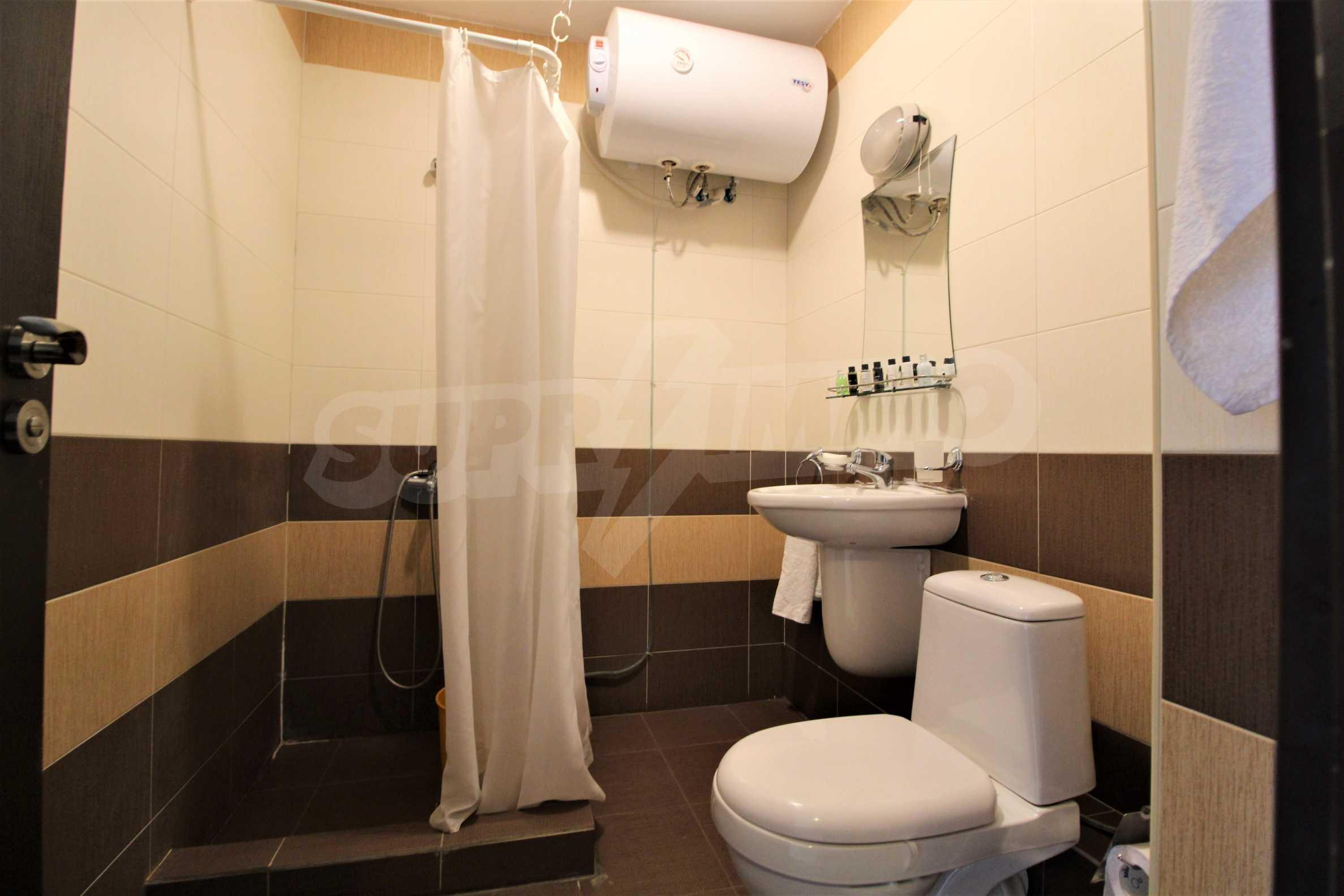 Обзаведен двустаен апартамент, разположен в СПА комплекс Мария Антоанета, само на метри от ски лифта в Банско 18