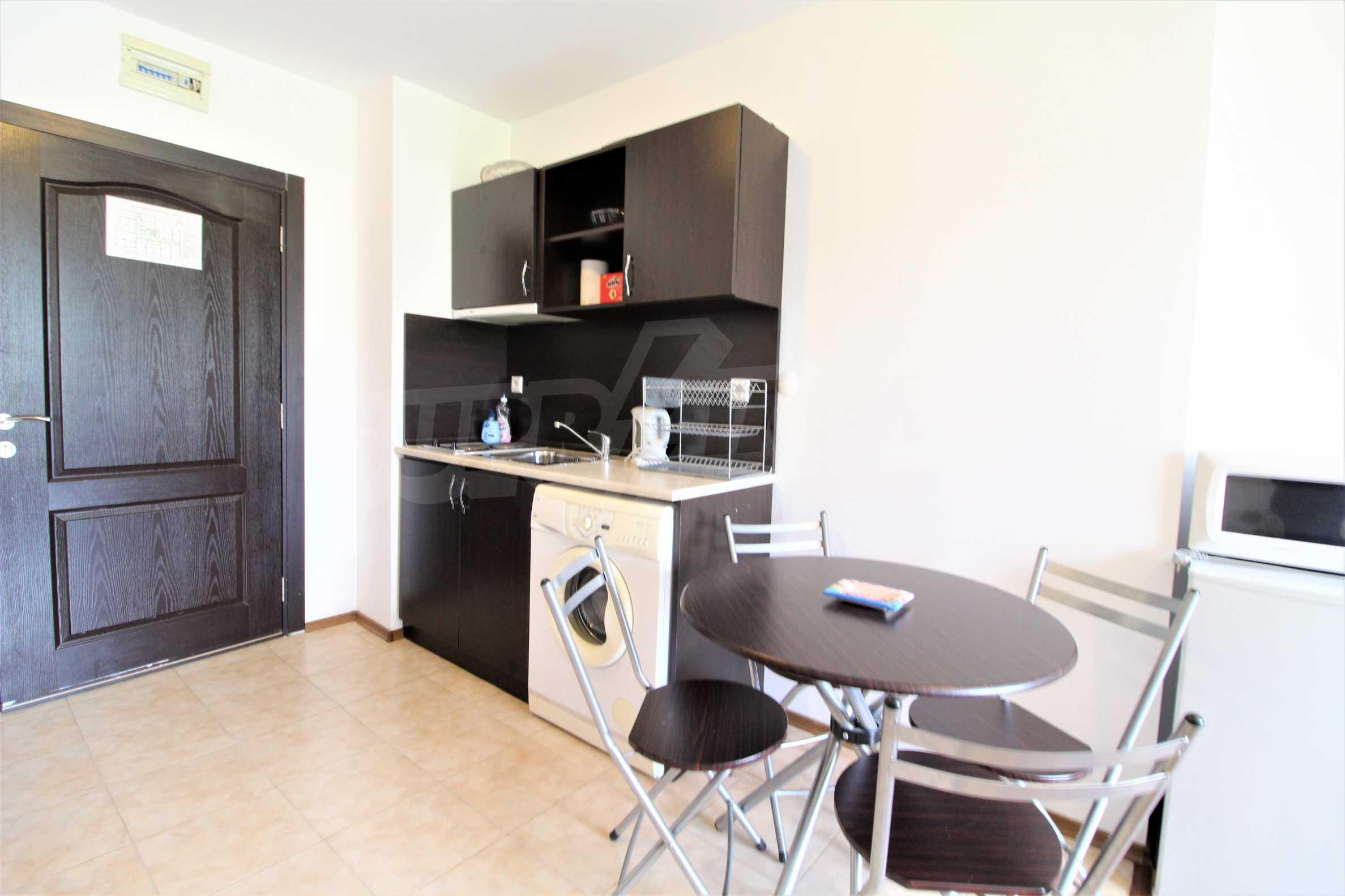 Обзаведен двустаен апартамент, разположен в СПА комплекс Мария Антоанета, само на метри от ски лифта в Банско 6