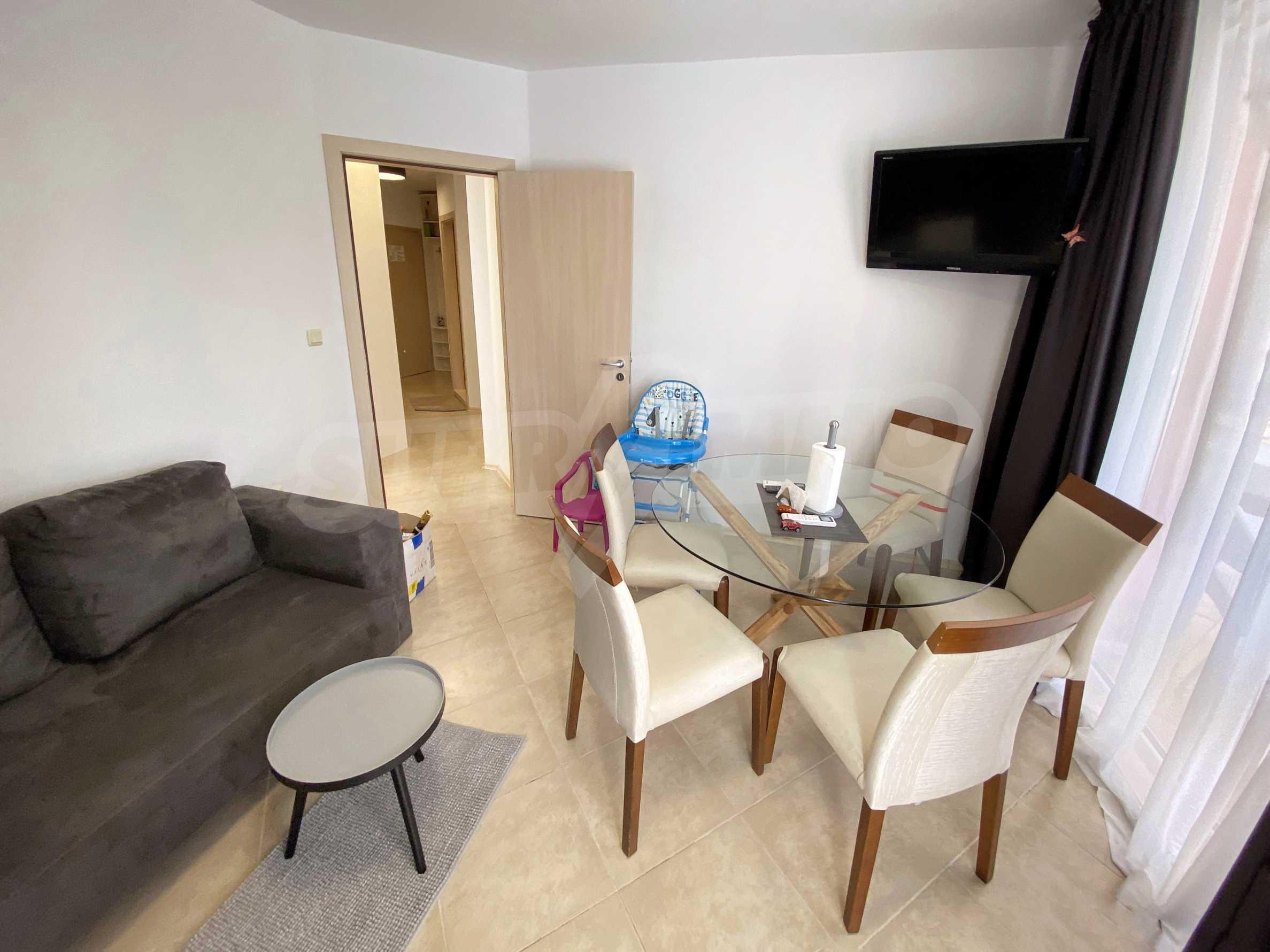 Тристаен апартамент близо до плажа в комплекс Емберли в Лозенец (ап. №201) 10