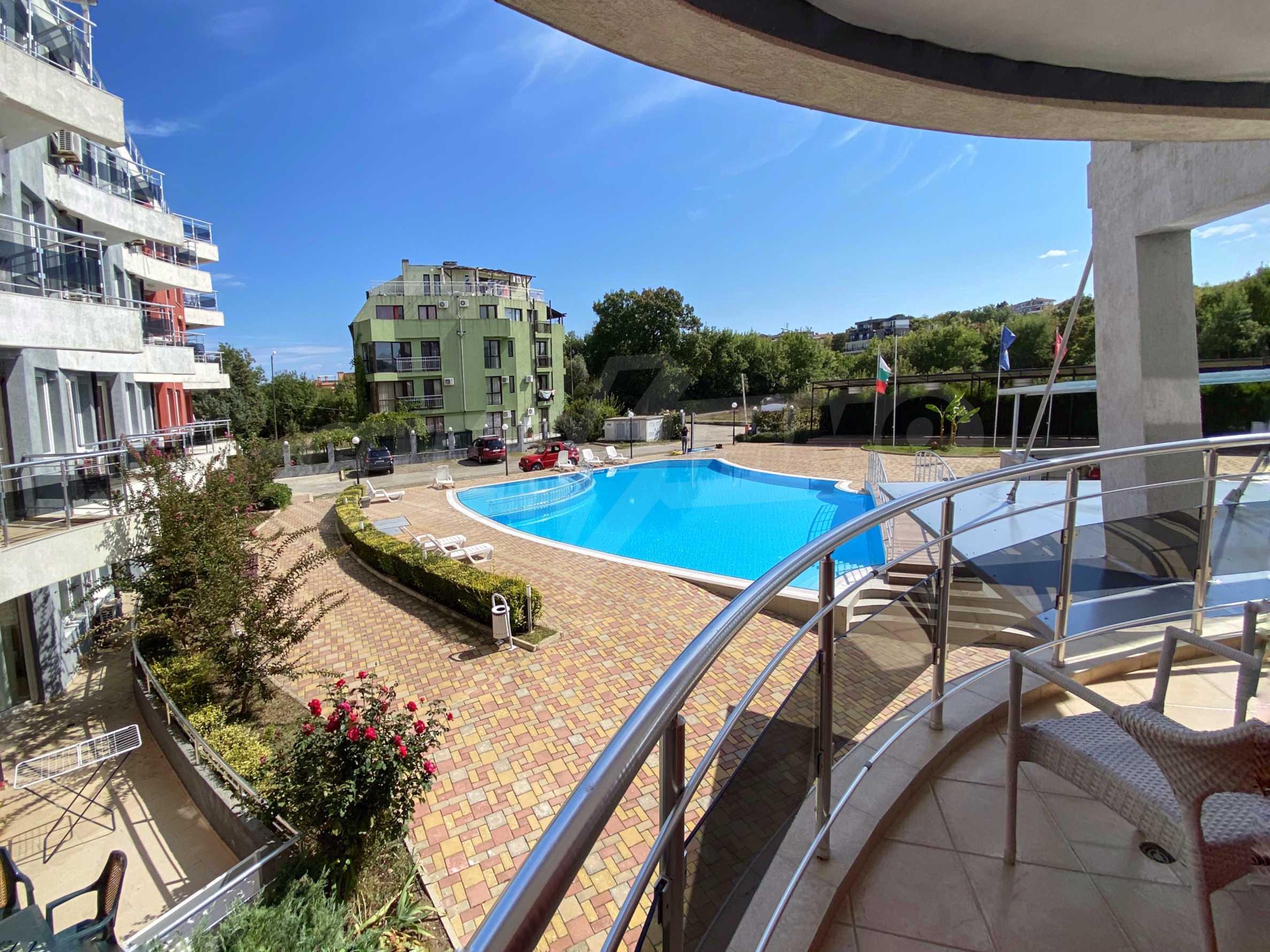 Тристаен апартамент близо до плажа в комплекс Емберли в Лозенец (ап. №201) 4