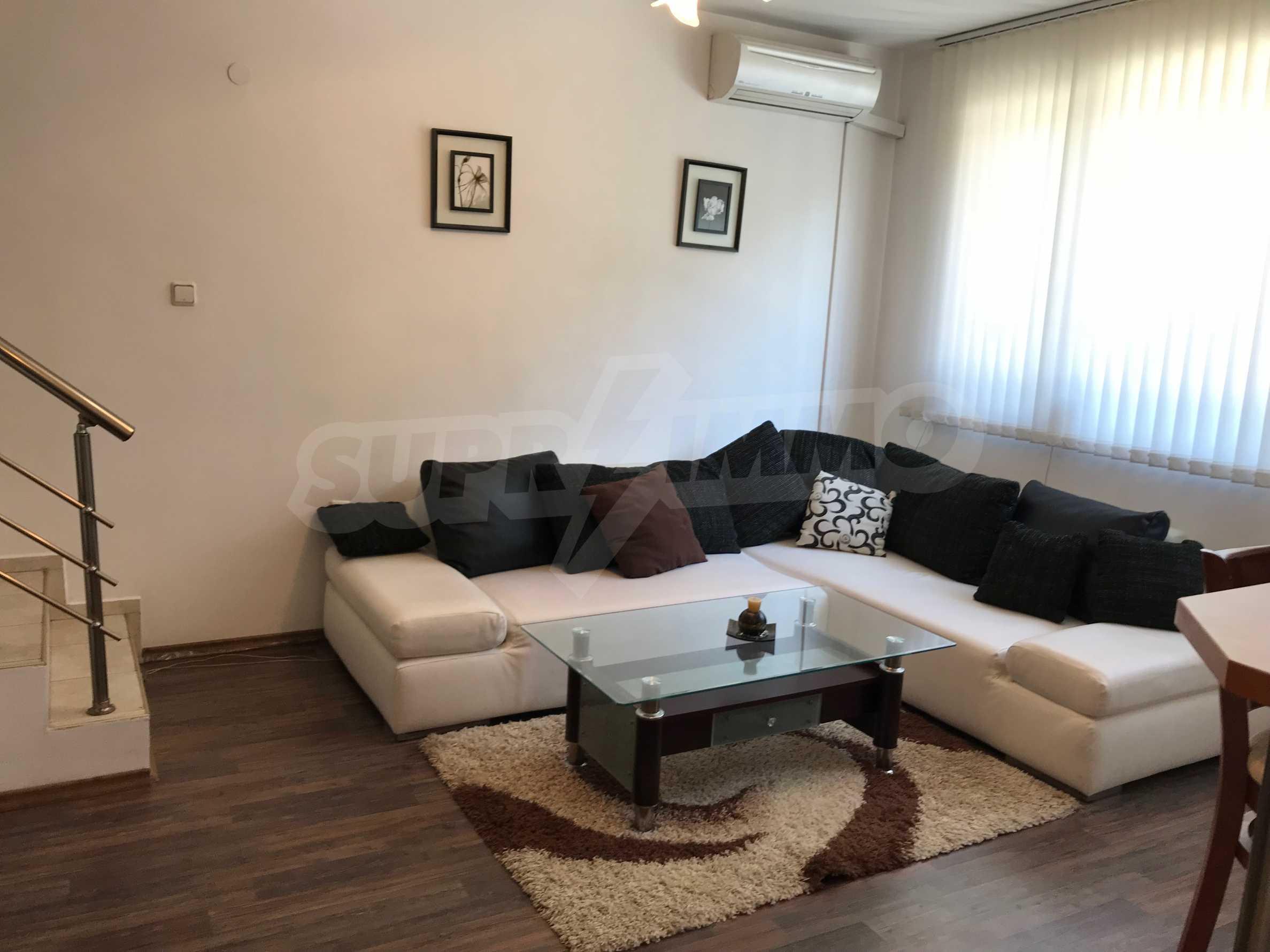 Tristaen Apartament Pod Naem Do Ruskoto Uchilishe Varna
