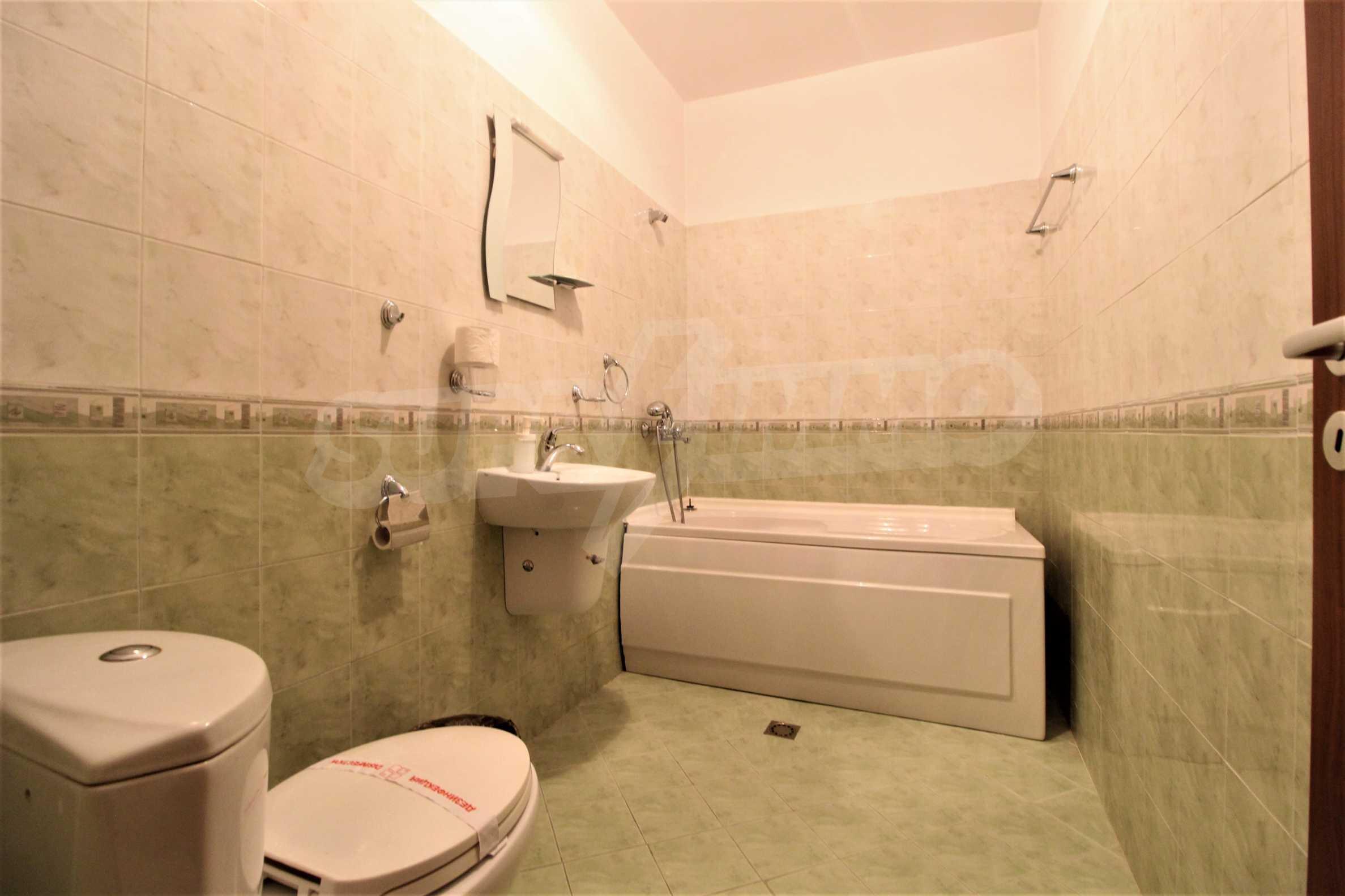 Обзаведен двустаен апартамент, разположен в близост до ски лифта в Банско 4