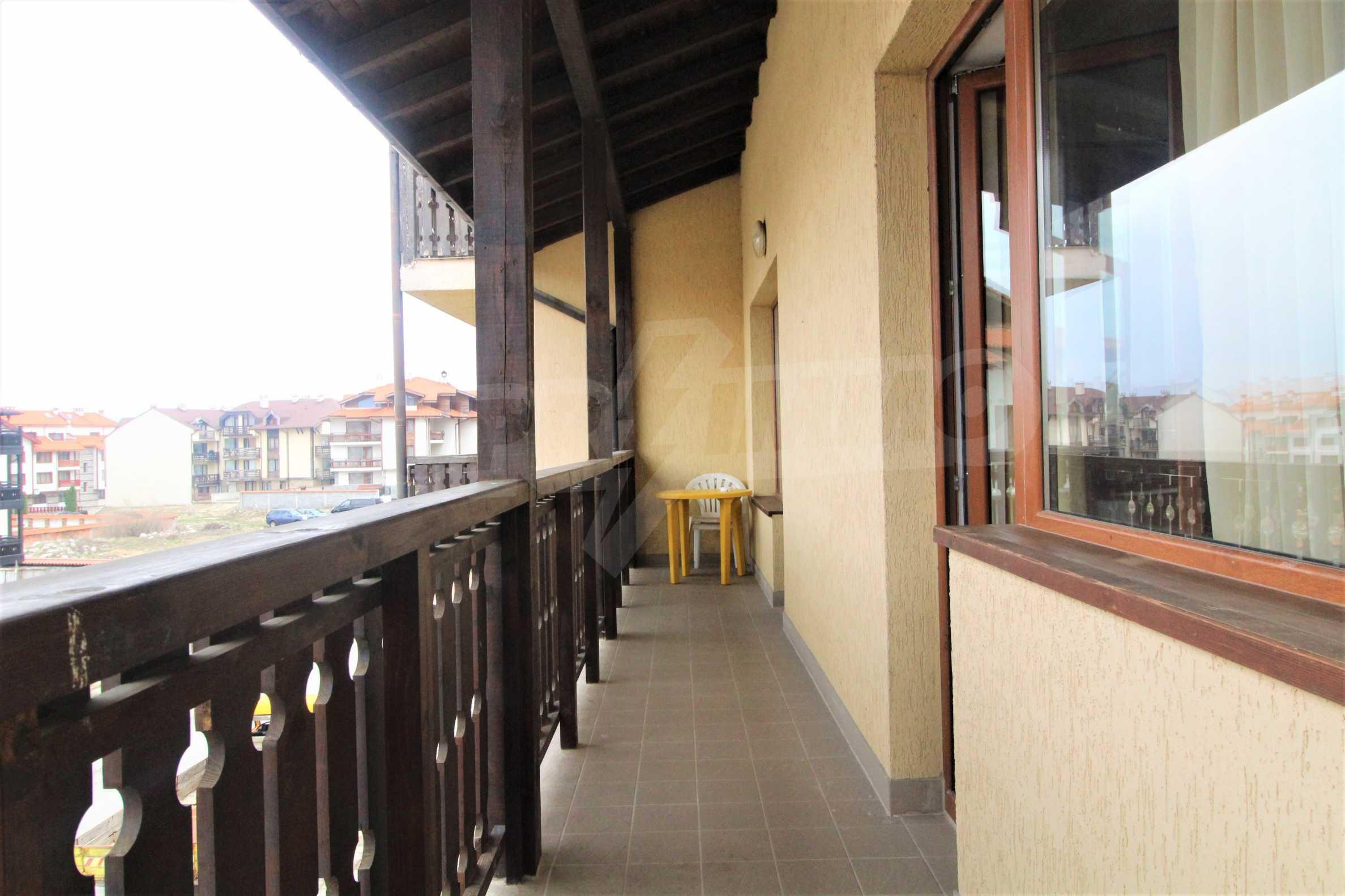 Уютен тристаен апартамент, разположен в комплекс Топ Лодж, само на метри от ски лифта в Банско 10