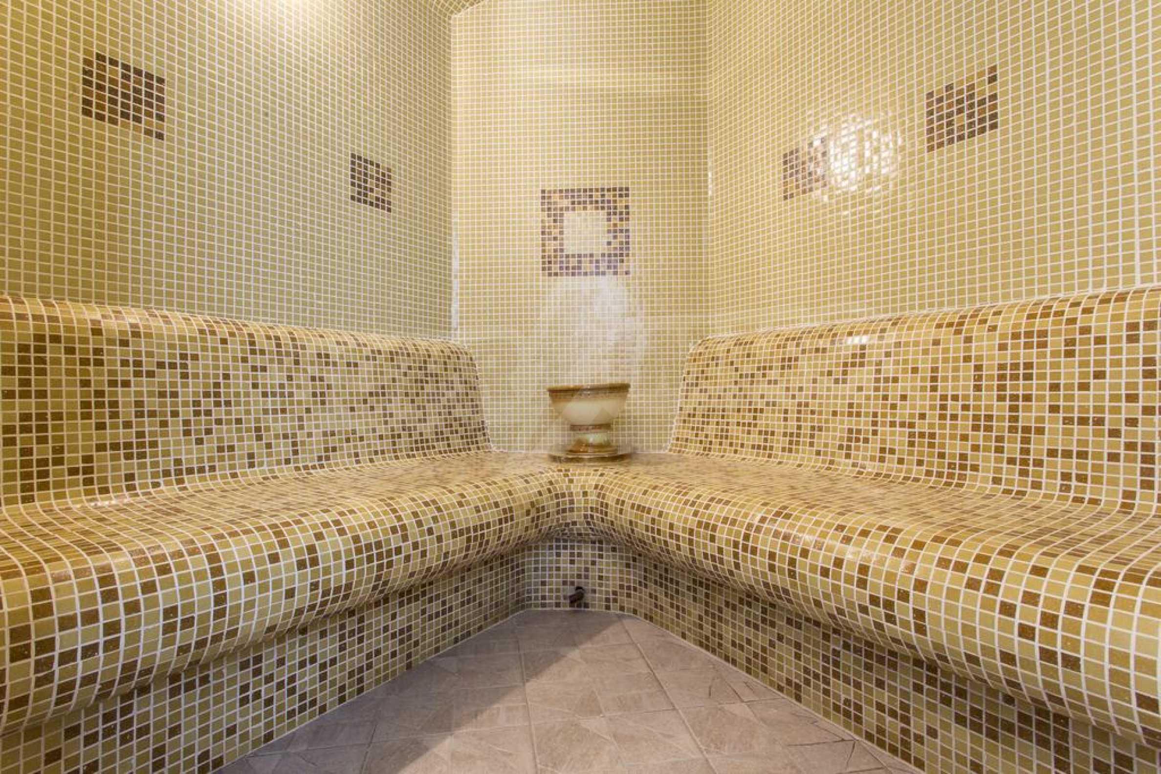 Уютен тристаен апартамент, разположен в комплекс Топ Лодж, само на метри от ски лифта в Банско 18