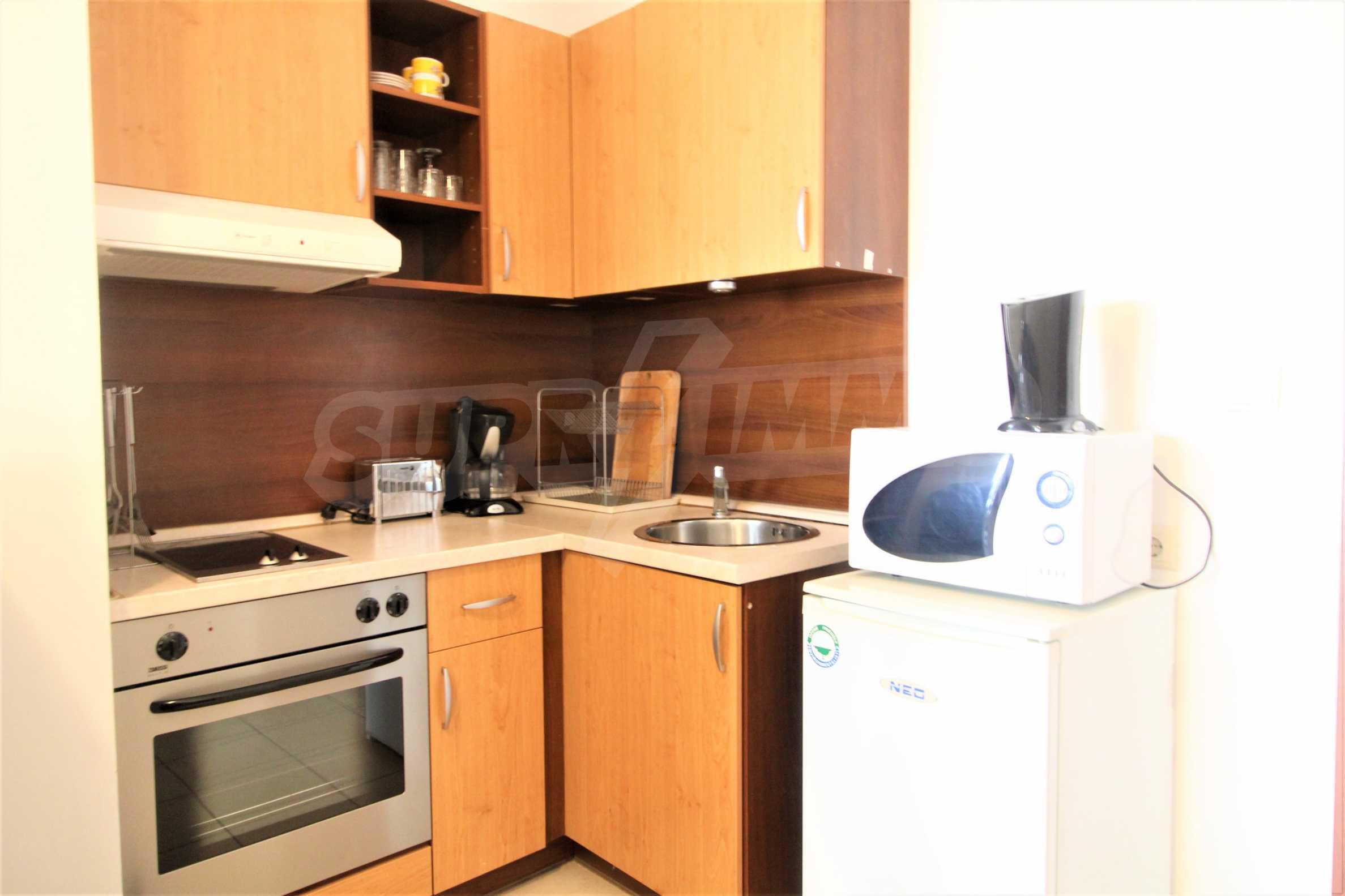 Уютен тристаен апартамент, разположен в комплекс Топ Лодж, само на метри от ски лифта в Банско 1