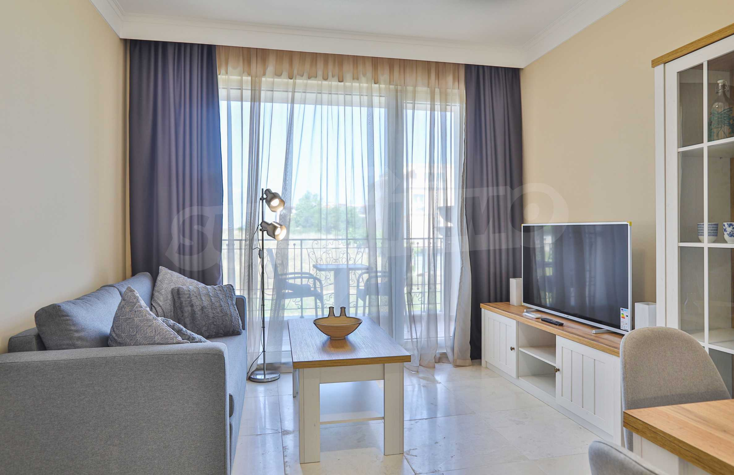 Първокласен двустаен апартамент в Belle Époque Beach Residence (ап. №A 206) 1