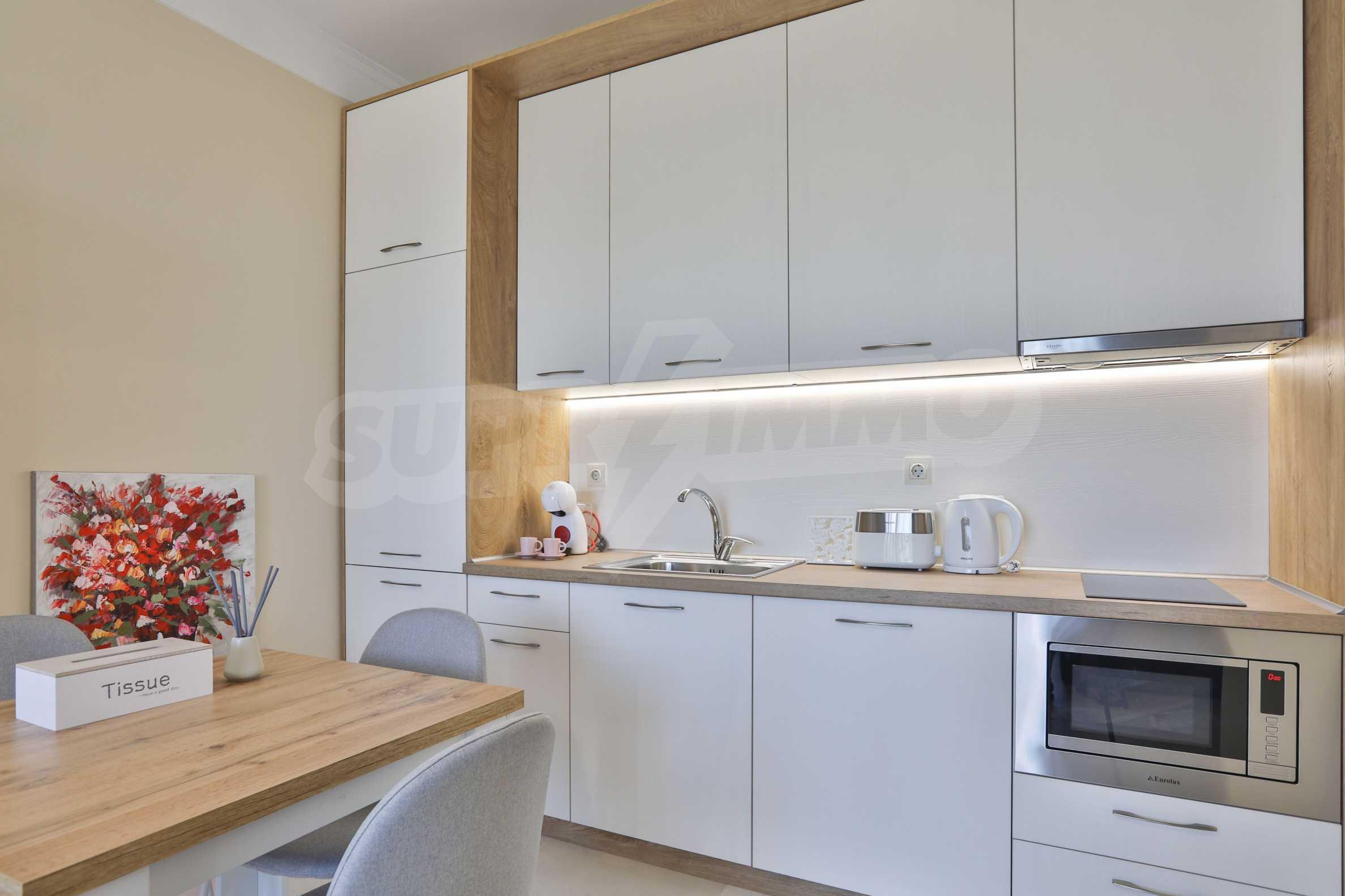 Първокласен двустаен апартамент в Belle Époque Beach Residence (ап. №A 206) 2