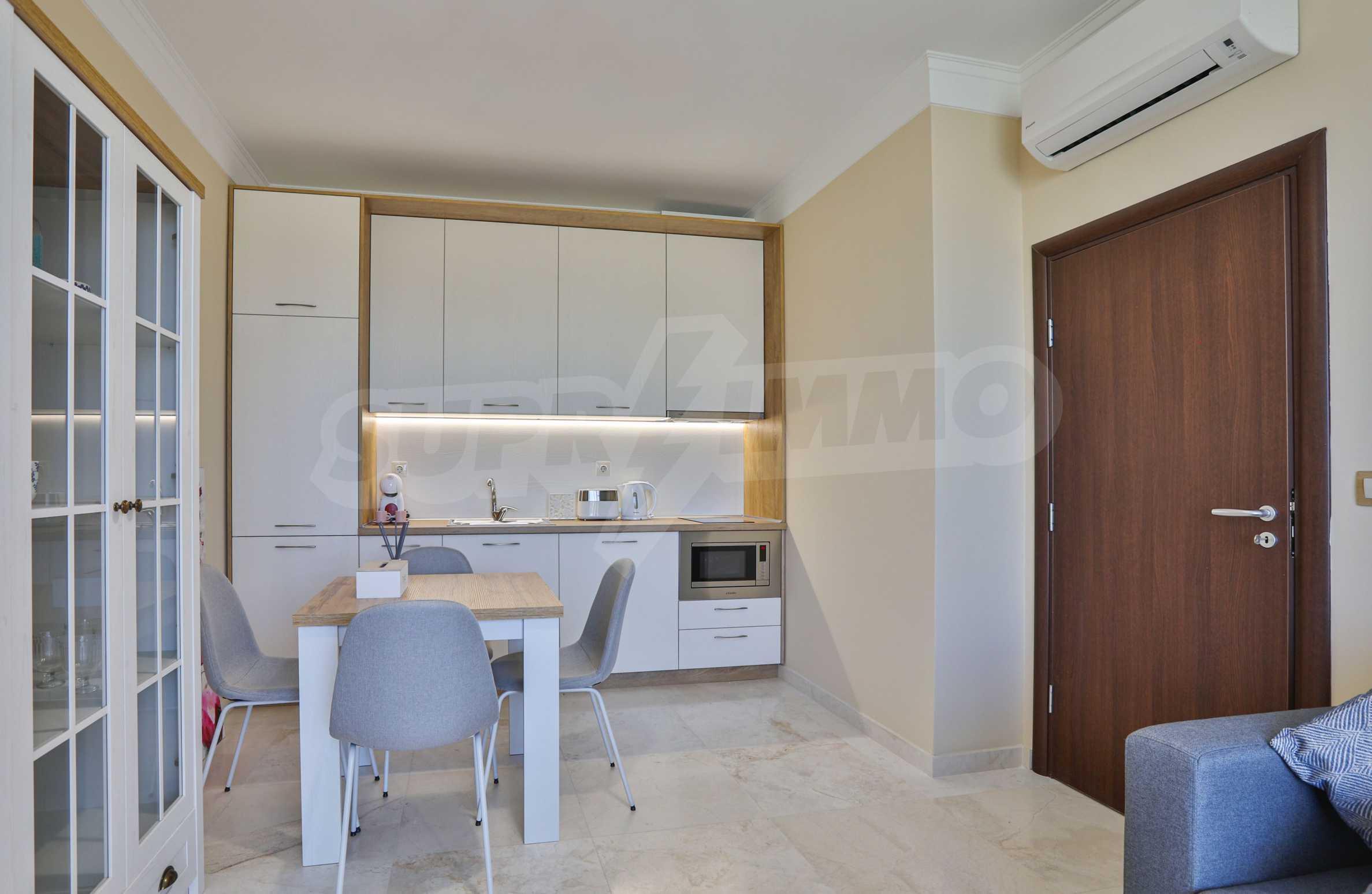 Първокласен двустаен апартамент в Belle Époque Beach Residence (ап. №A 206) 6