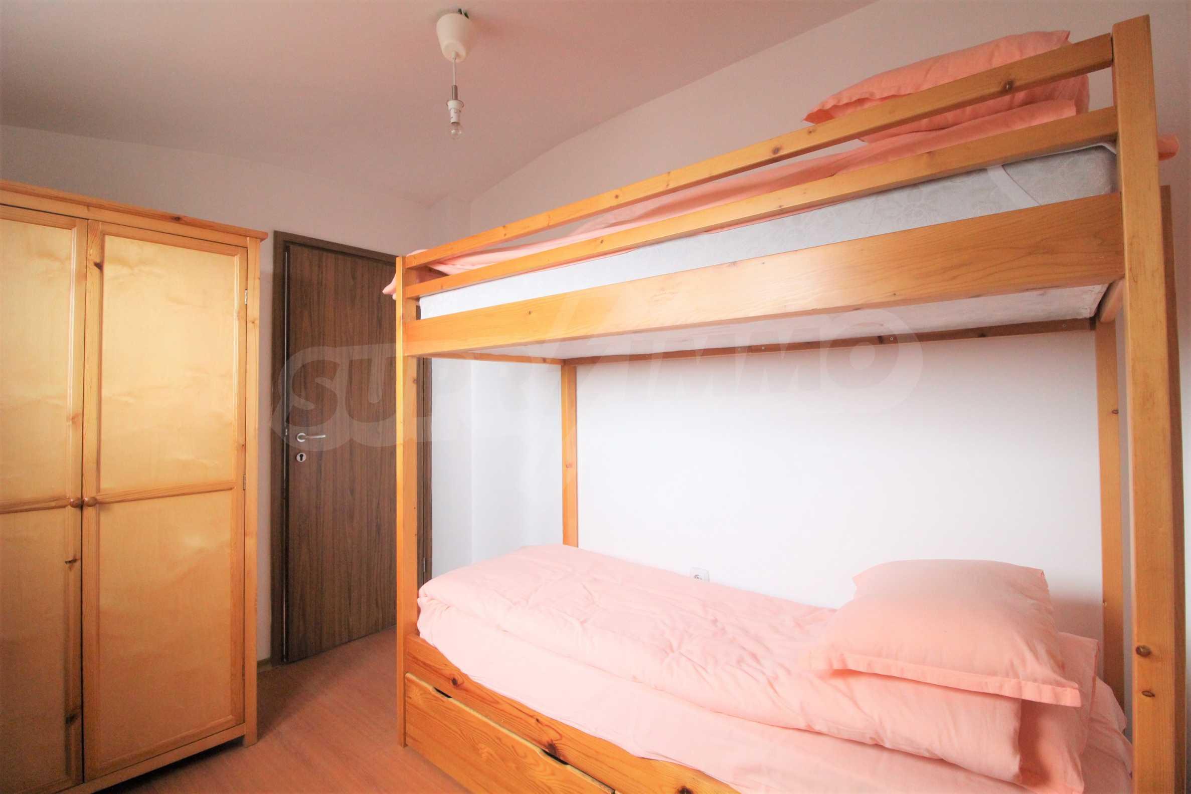 Обзаведен имот в близост до ски лифта в град Банско  4