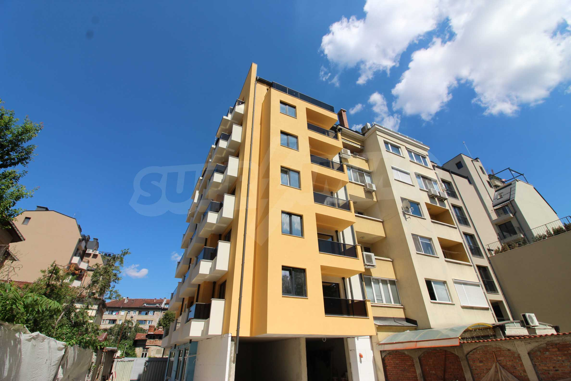 With ACT 14! 4-room apartment in a new boutique building in the center, next to Vasil Levski Blvd. 5