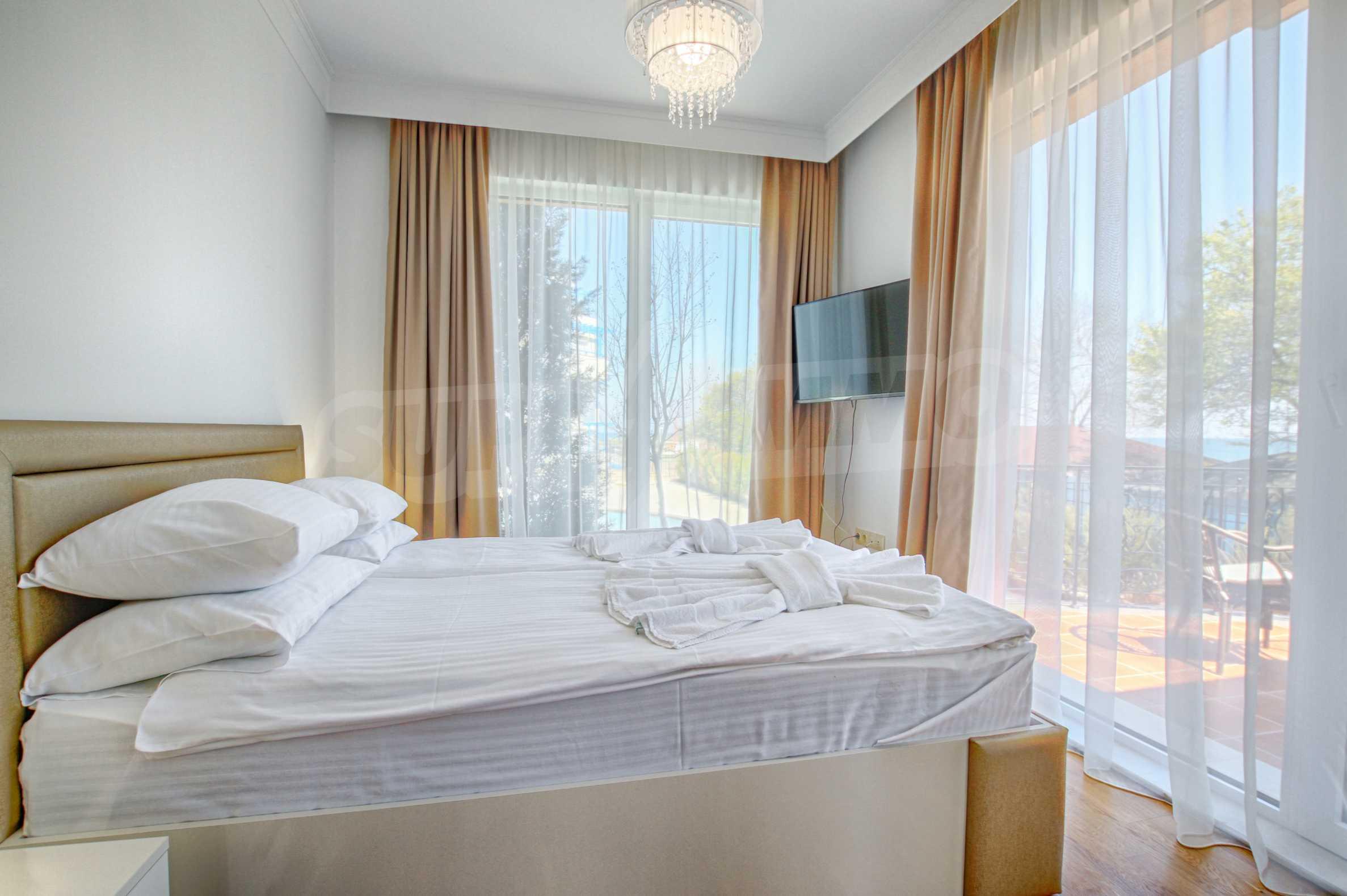 Стилен двустаен апартамент под наем в Belle Époque Beach Residence 10