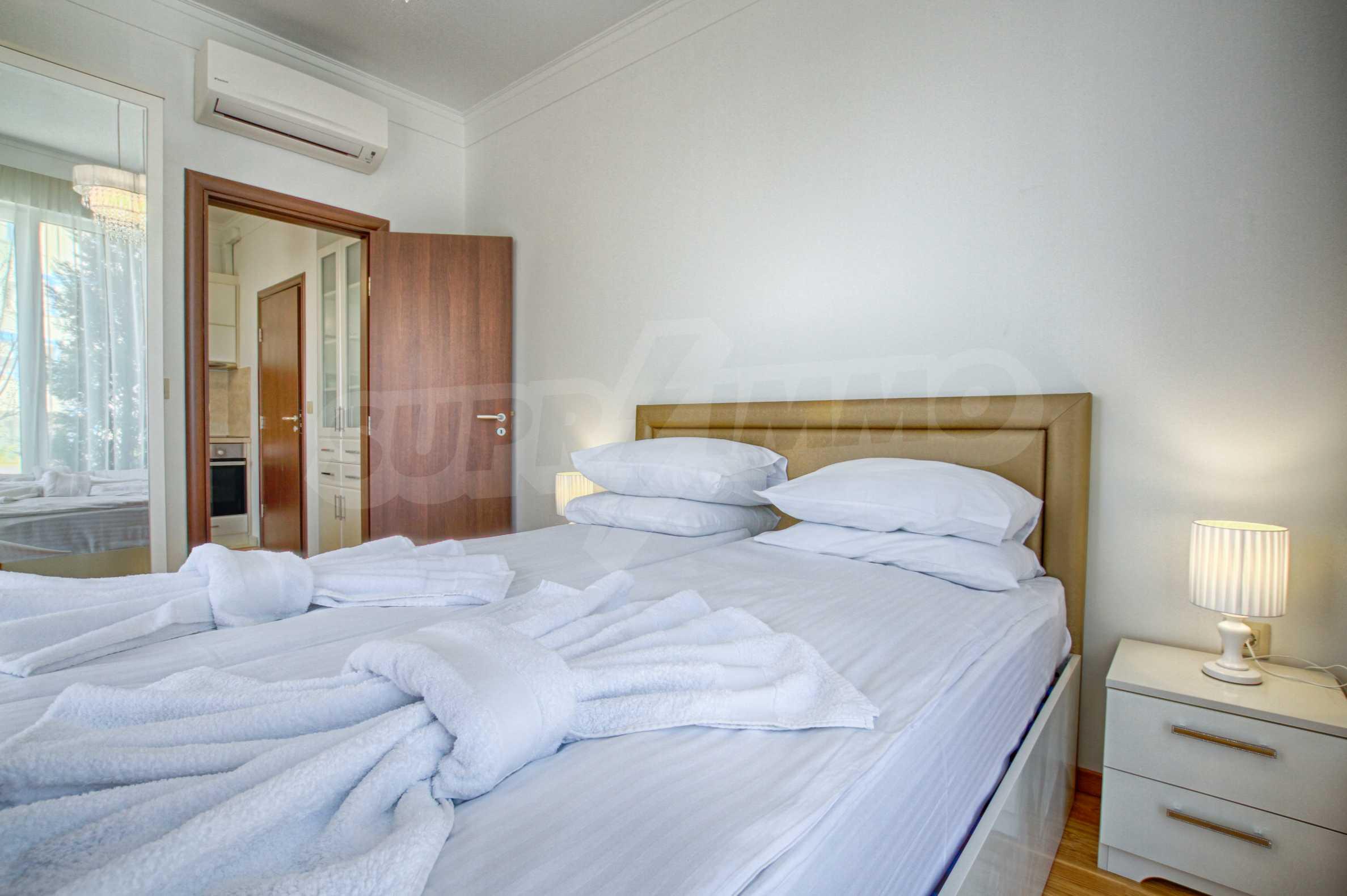 Стилен двустаен апартамент под наем в Belle Époque Beach Residence 12