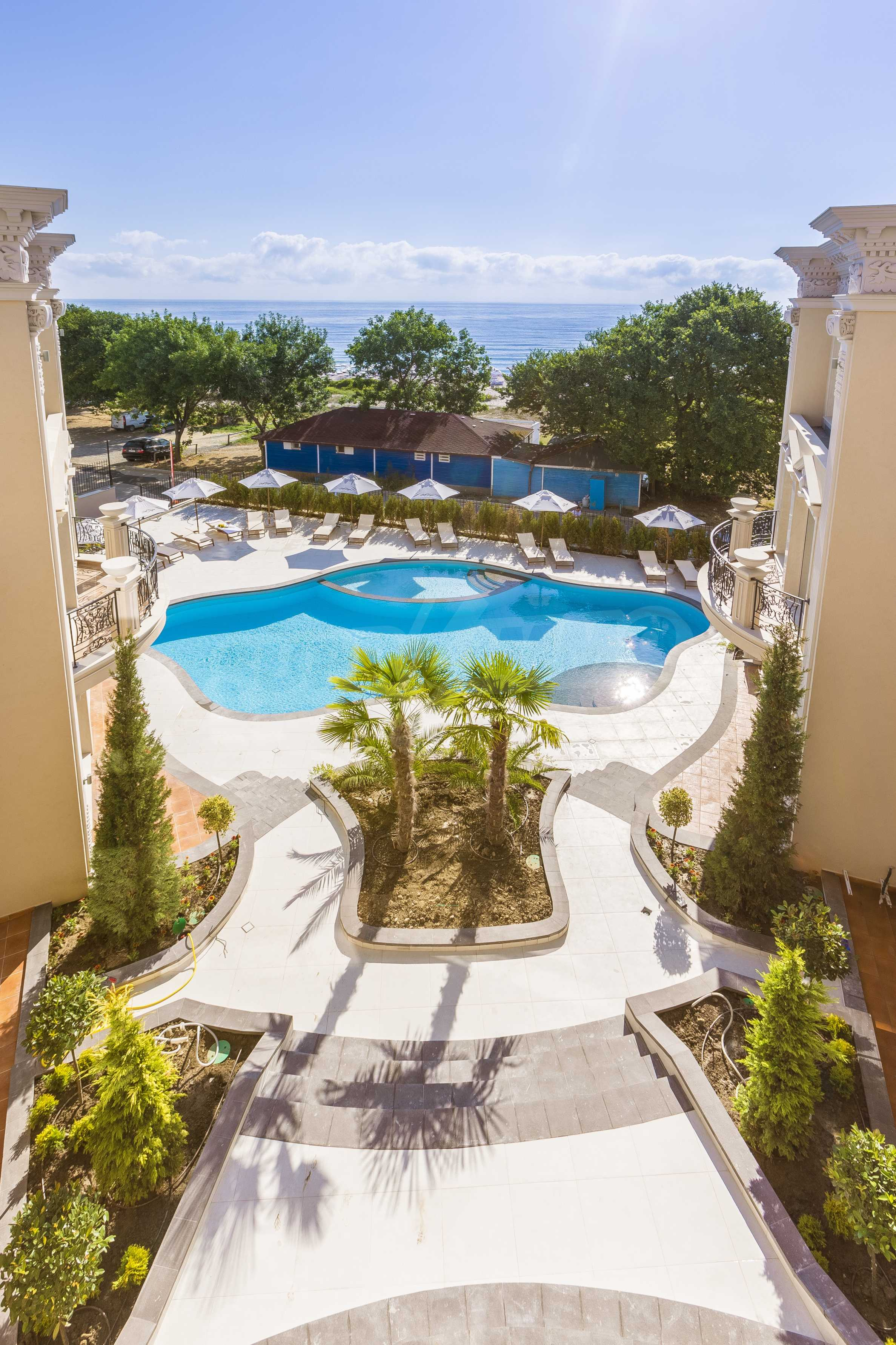 Стилен двустаен апартамент под наем в Belle Époque Beach Residence 18