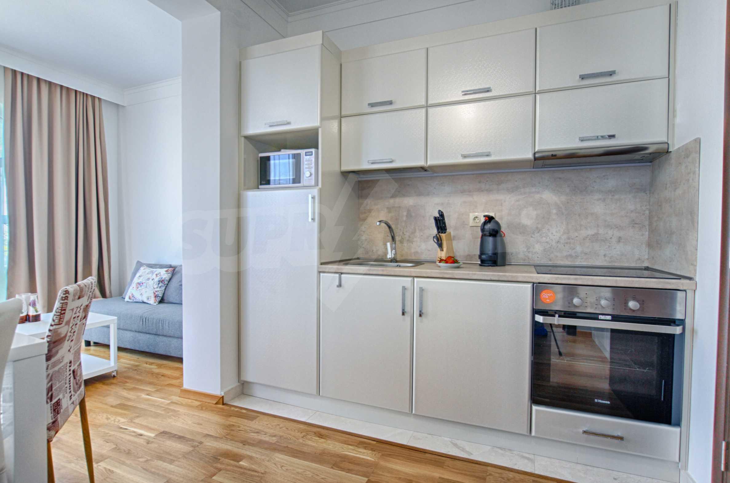 Стилен двустаен апартамент под наем в Belle Époque Beach Residence 7