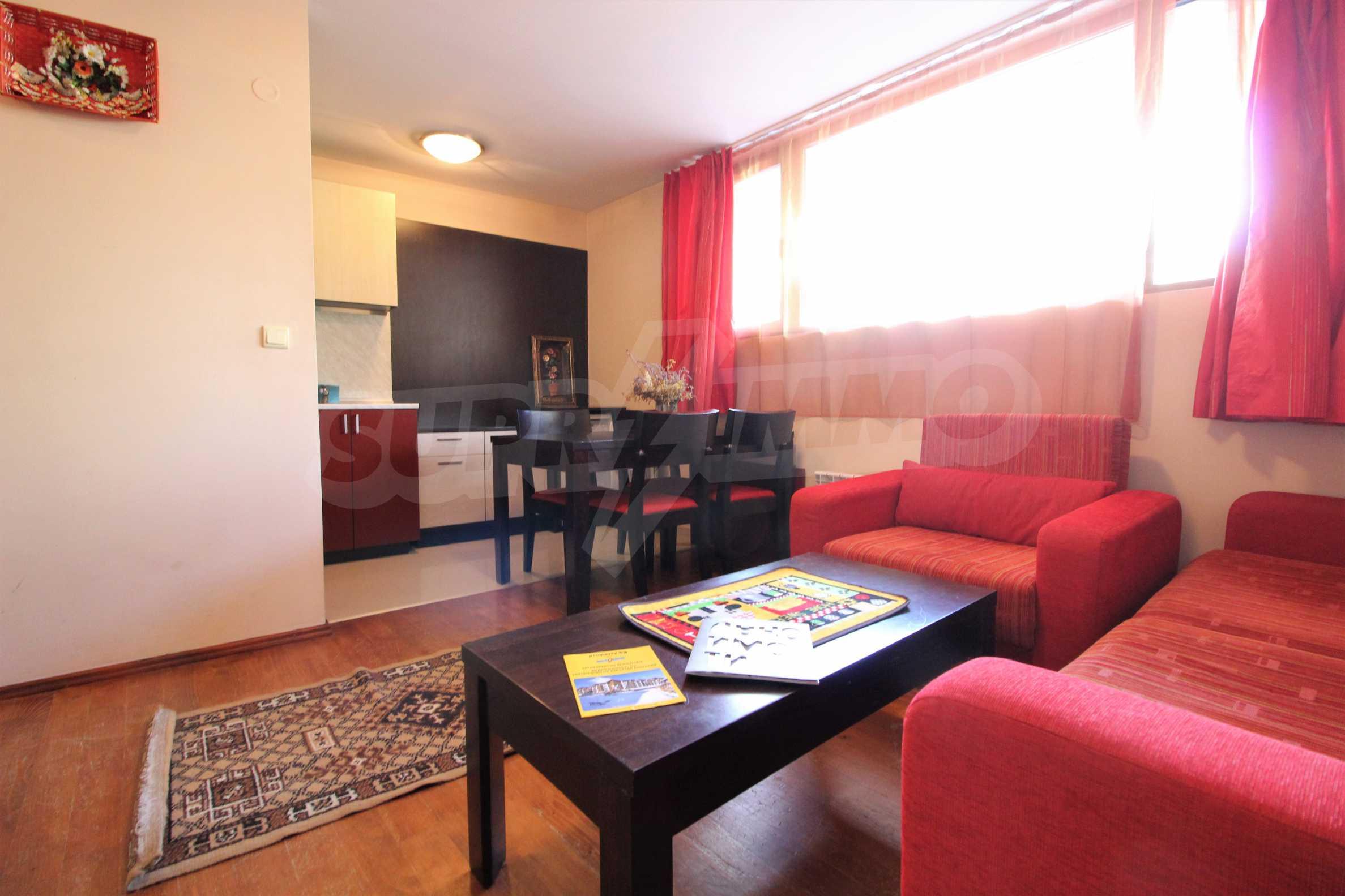 Обзаведен имот на топ локация в град Банско 2