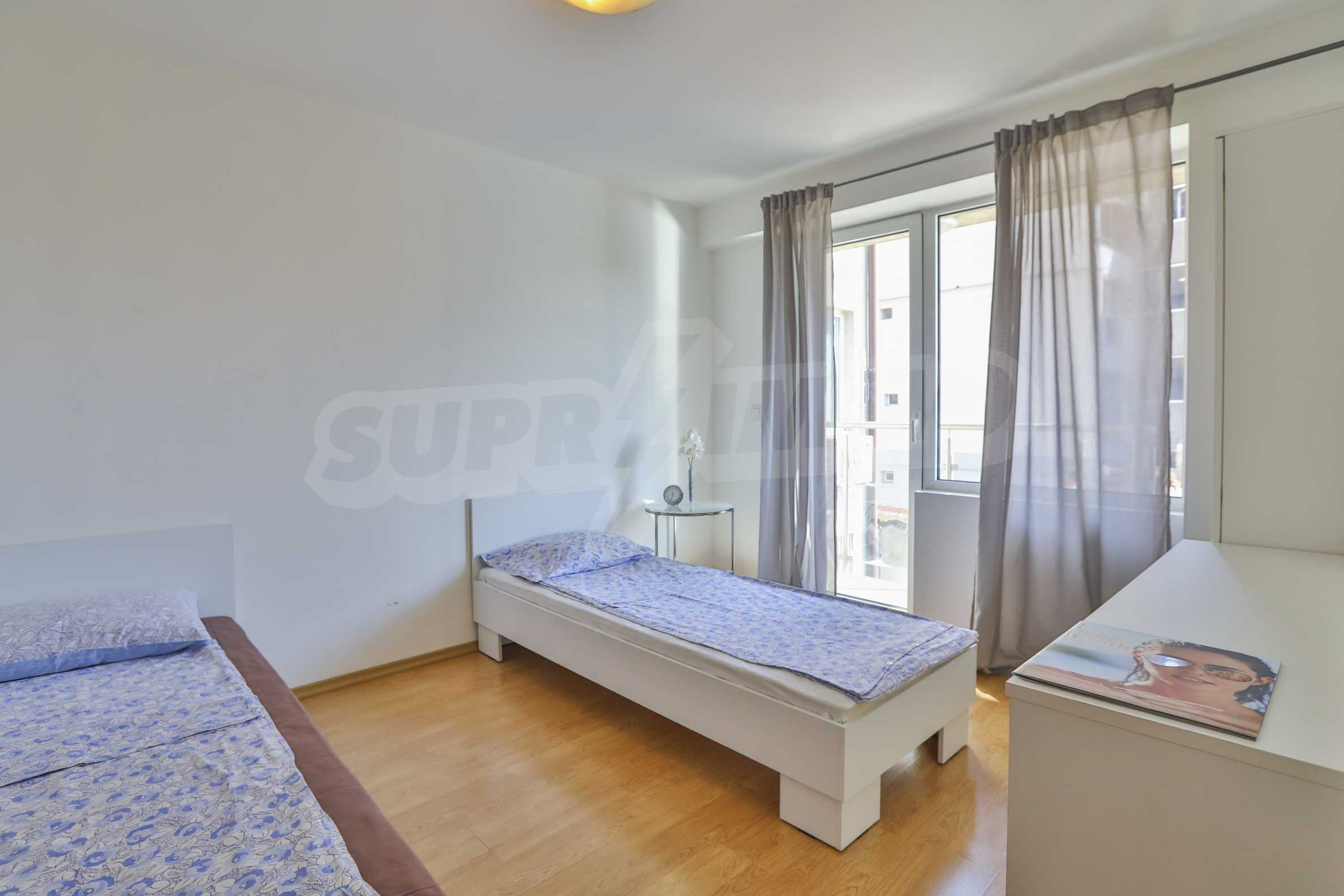 Two-bedroom apartment in the center with high rating on Airbnb 2
