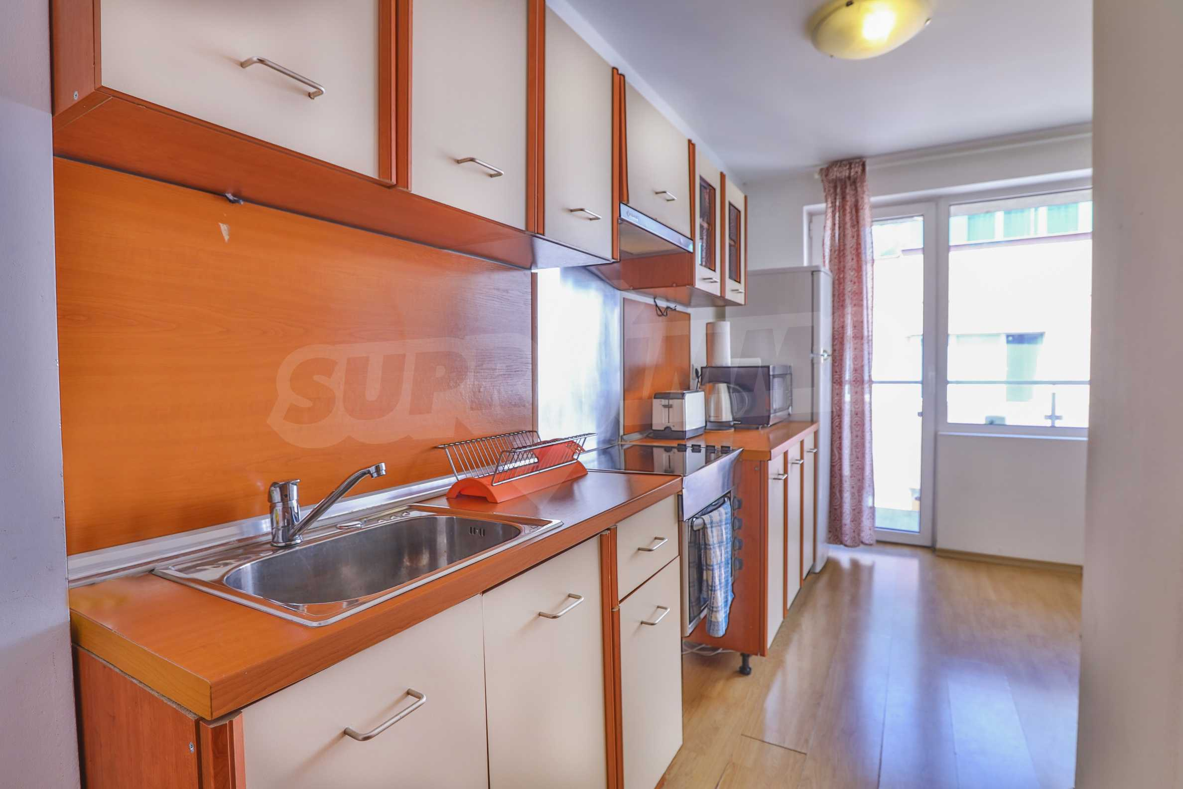 Two-bedroom apartment in the center with high rating on Airbnb 3