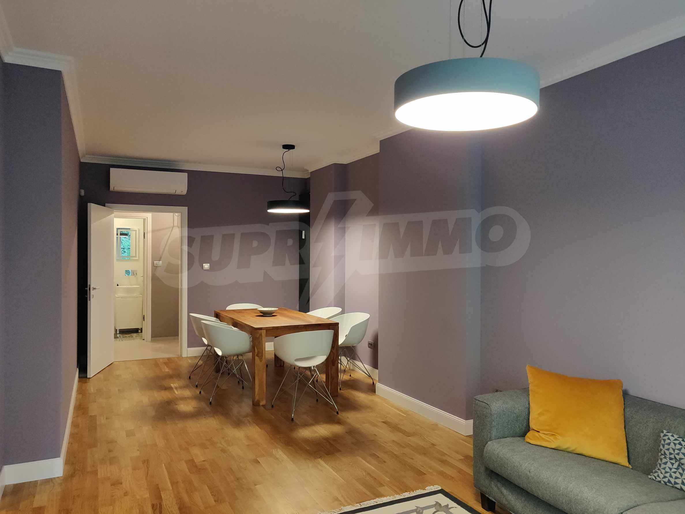 Three bedroom apartment in the center of Sofia 2