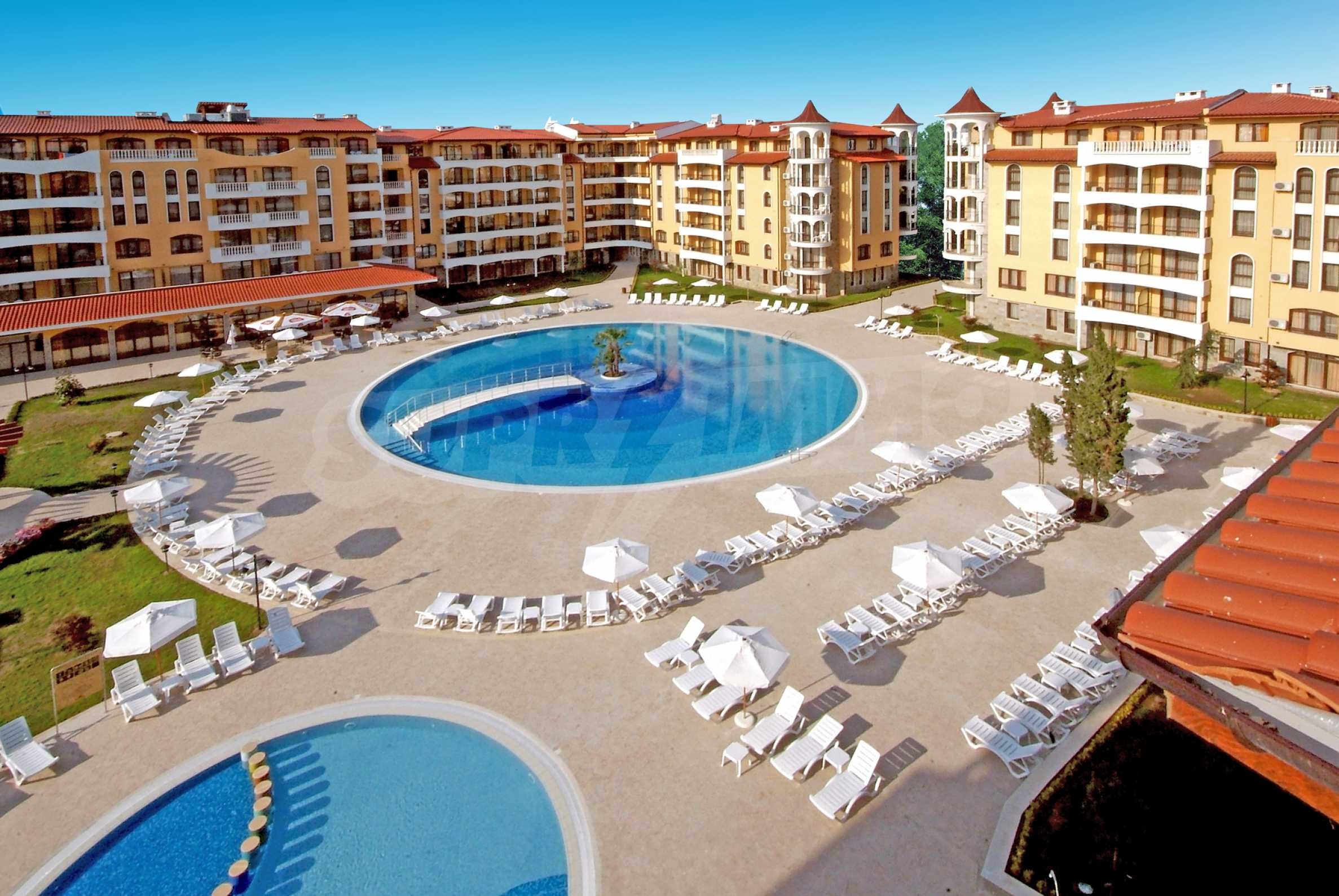 Двухкомнатная квартира вблизи пляжа и центра курорта Солнечный берег
