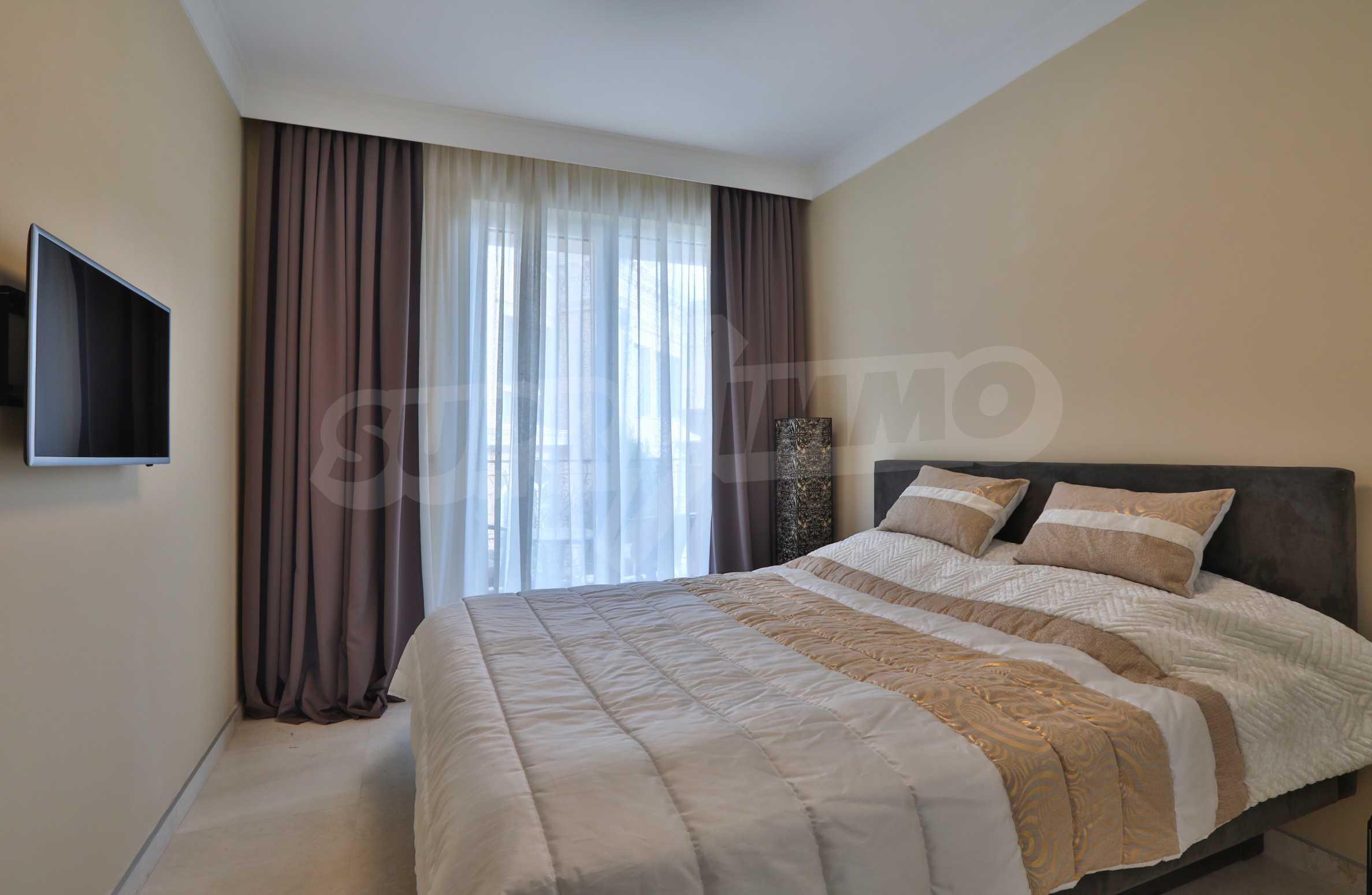 Дизайнерски апартамент с 2 спални в луксозната морска резиденция Belle Époque в Лозенец 17